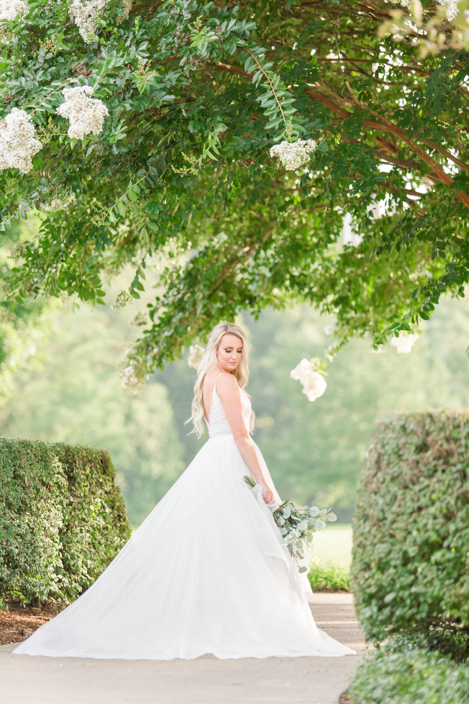 the-virginian-golf-club-bridal-session-kayla7811