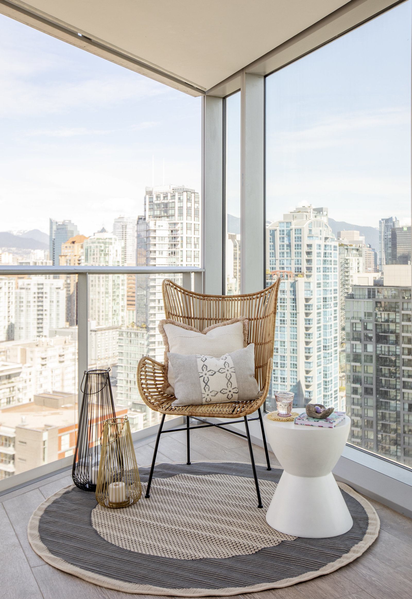 Pacific Street Residence | Downtown Vancouver