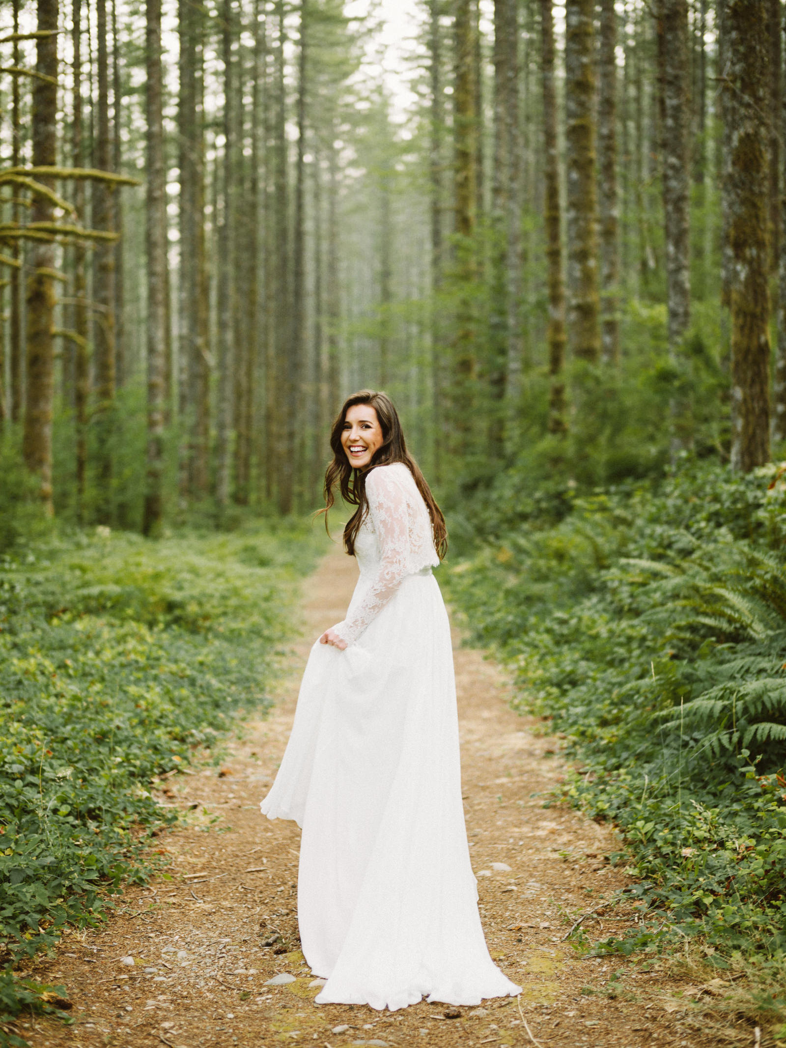 athena-and-camron-seattle-elopement-wedding-benj-haisch-rattlesnake-lake-christian-couple-goals25