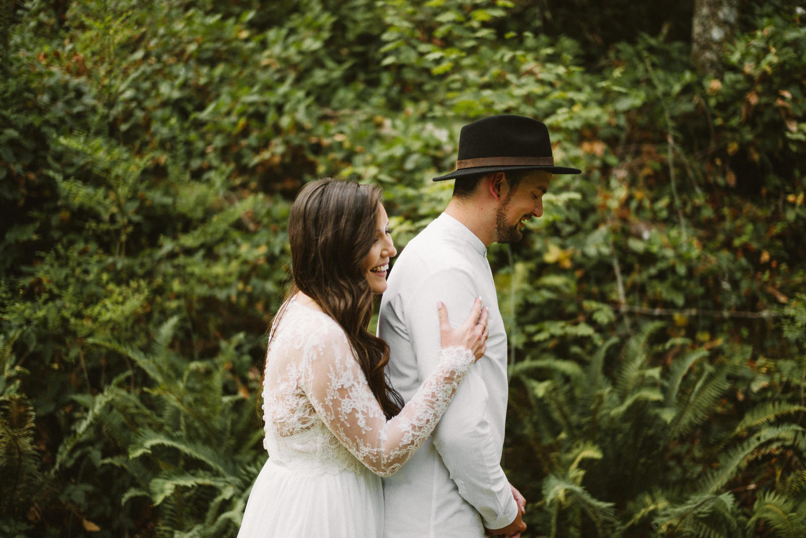 athena-and-camron-seattle-elopement-wedding-benj-haisch-rattlesnake-lake-christian-couple-goals3