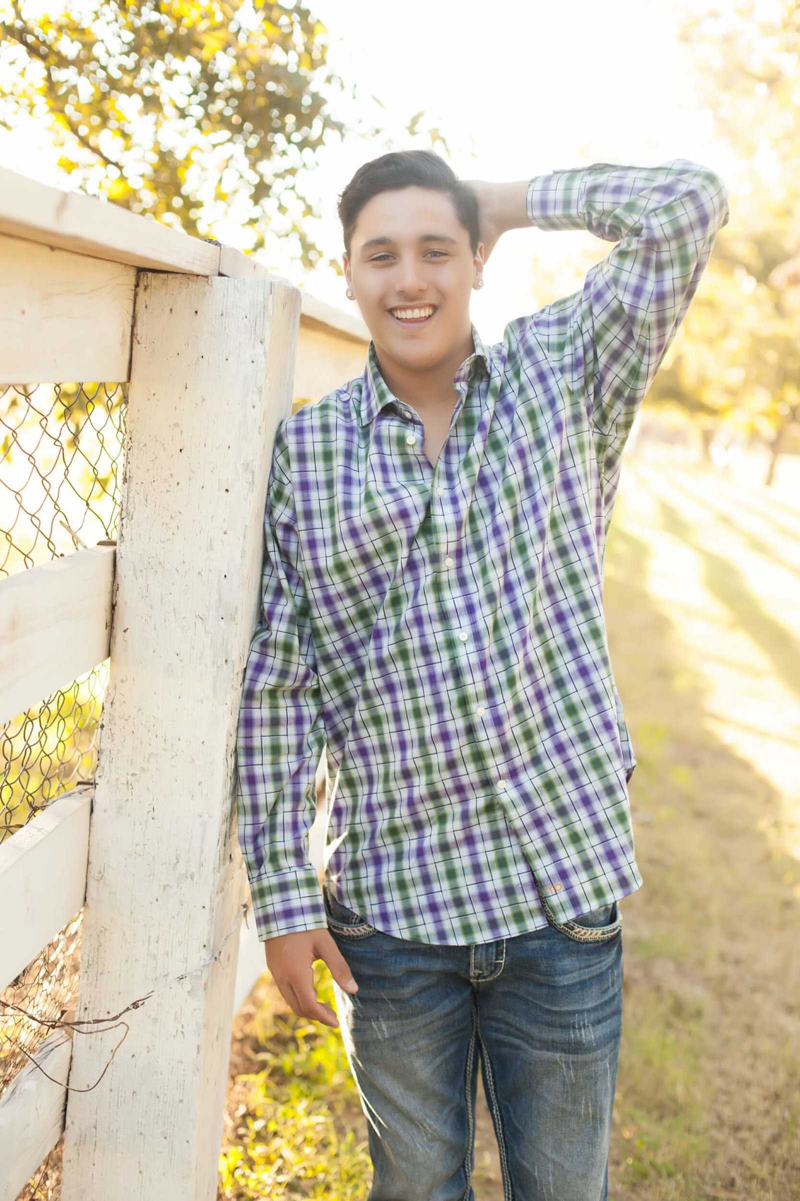 outdoor senior boy portaits chandler