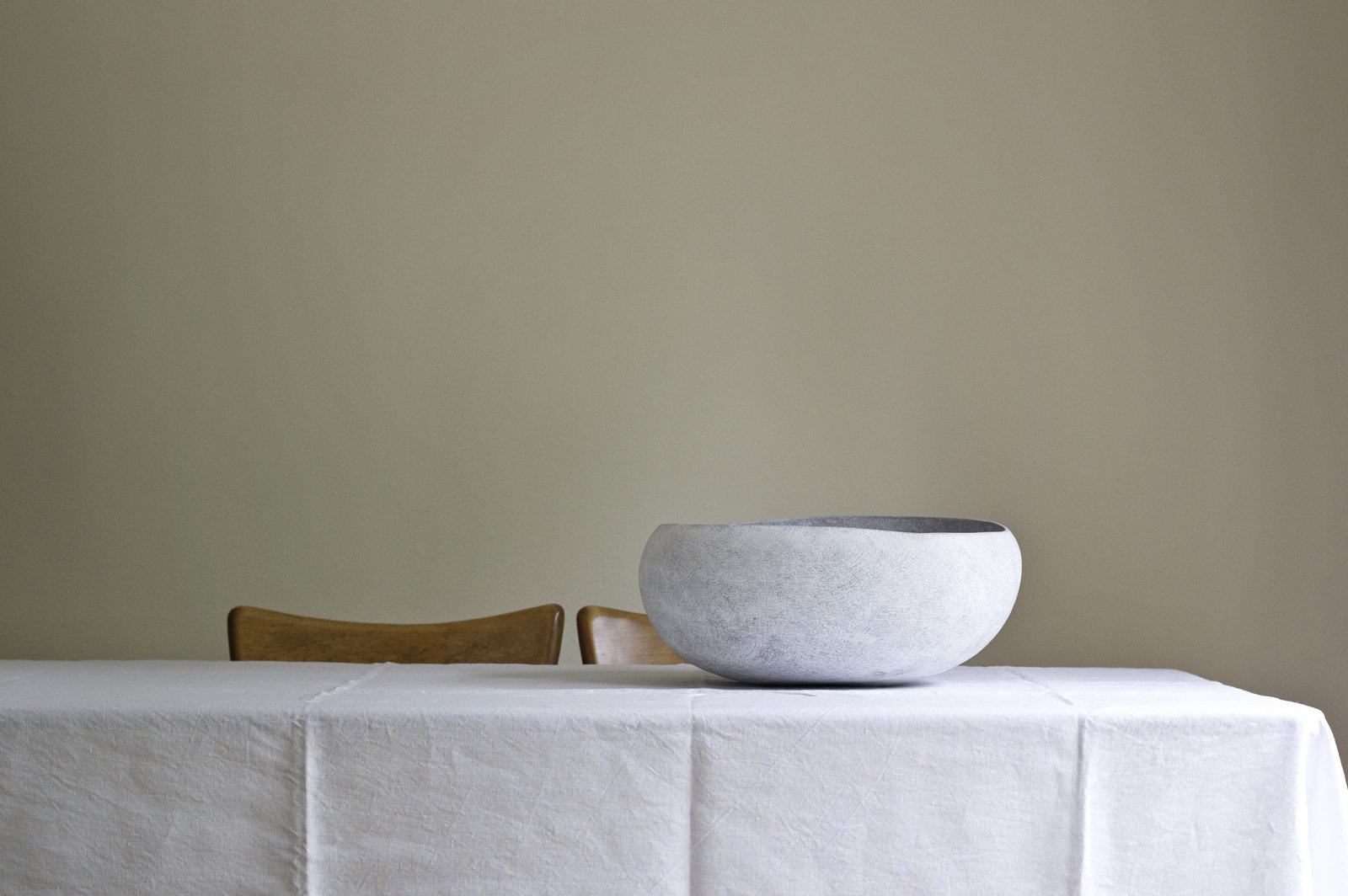 Yasha-Butler-Ceramics-White-Lithic-Vessel-Sculpture-Bowl-Large