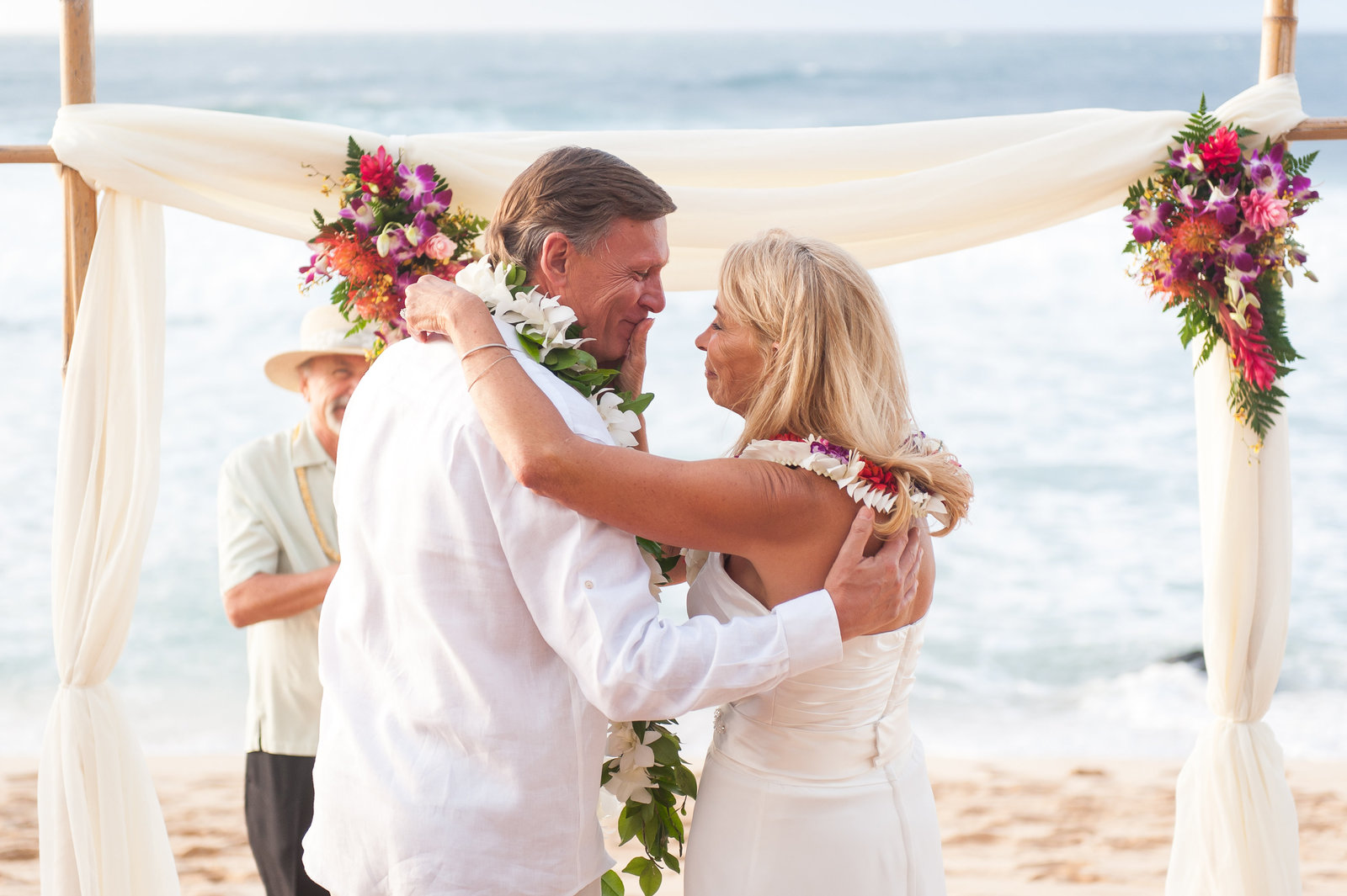 Candy-and-Dave-Hawaii-Wedding-Melissa-Desjardins-Photography-7