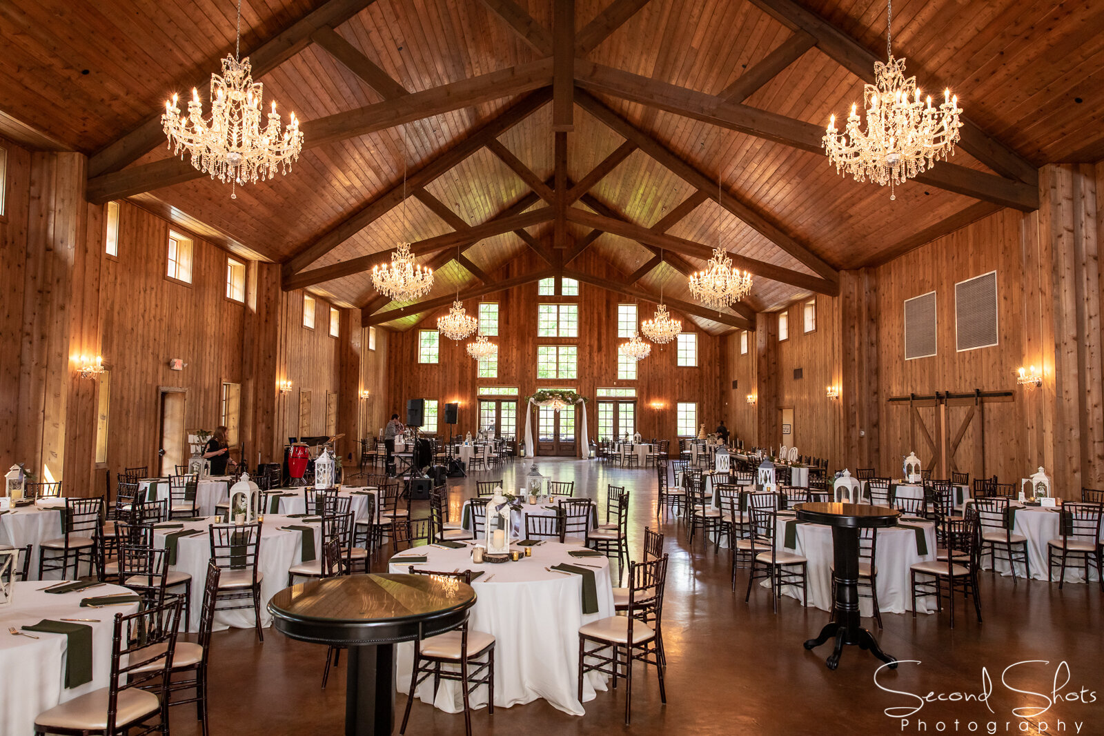 294 The Carriage House Wedding