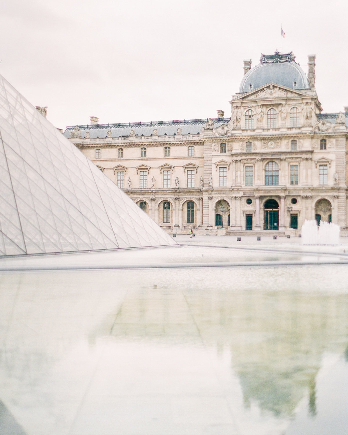 Paris-Wedding-Photographer-Film-Photographer-France-Molly-Carr-Photography-36