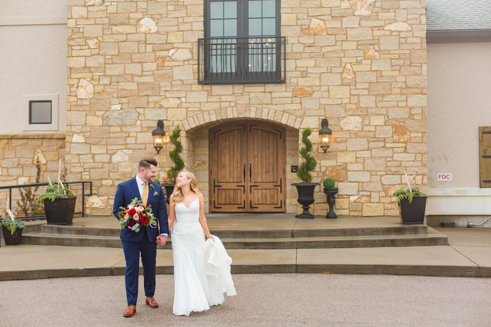 st-louis-wedding-photographer-silver-oaks-chateau-belleville-wedding-photography-alton-illinois-53