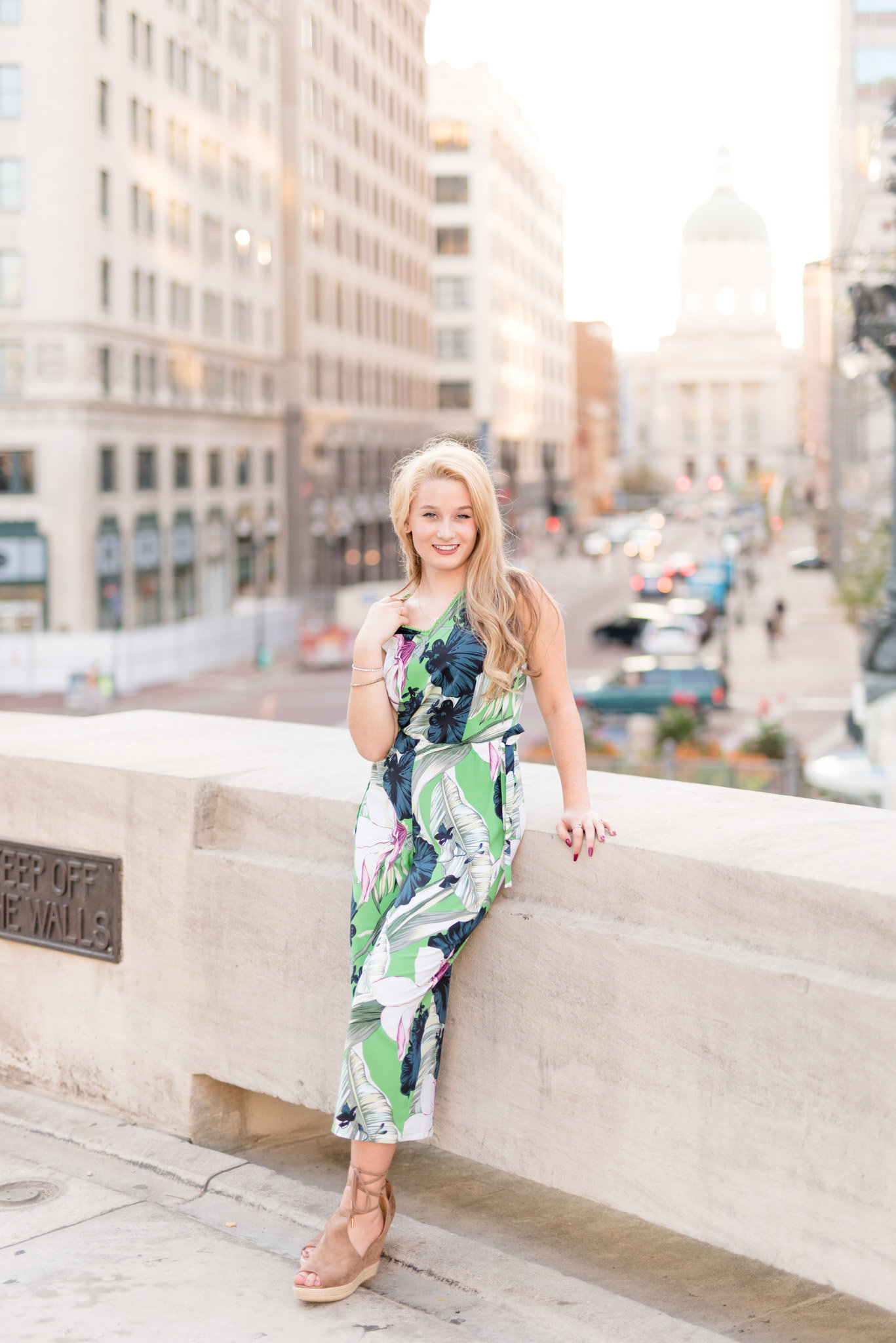 Downtown-Sunset-Senior-Pictures 0005