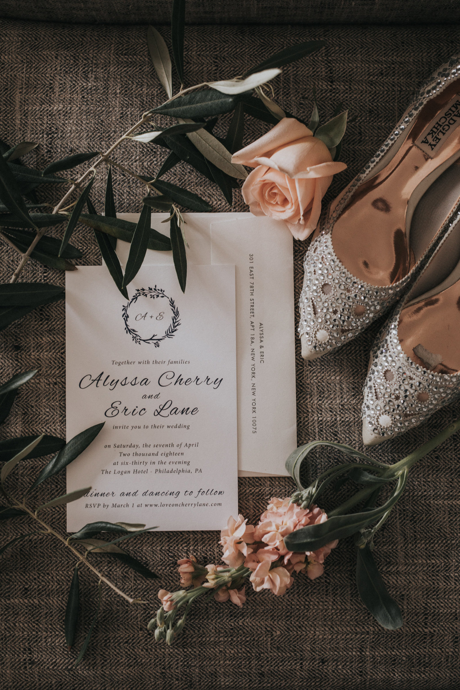 philadelphia wedding invitiation by minted weddings