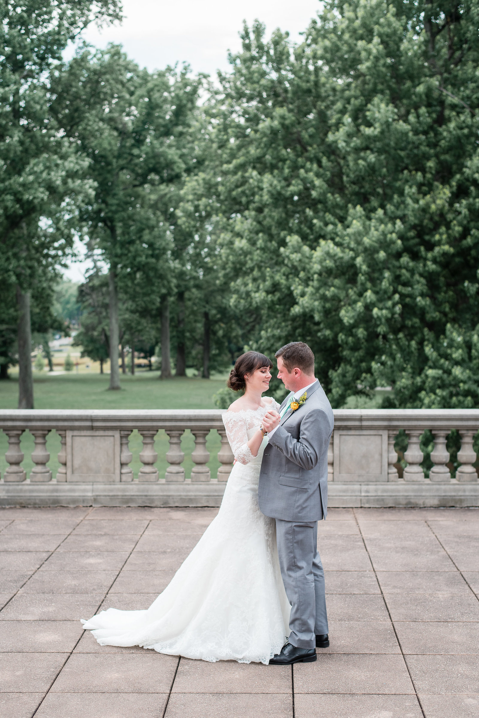 Libby-and-Brian-Bolling-Haxall-House-Wedding-Melissa-Desjardins-Photography-5