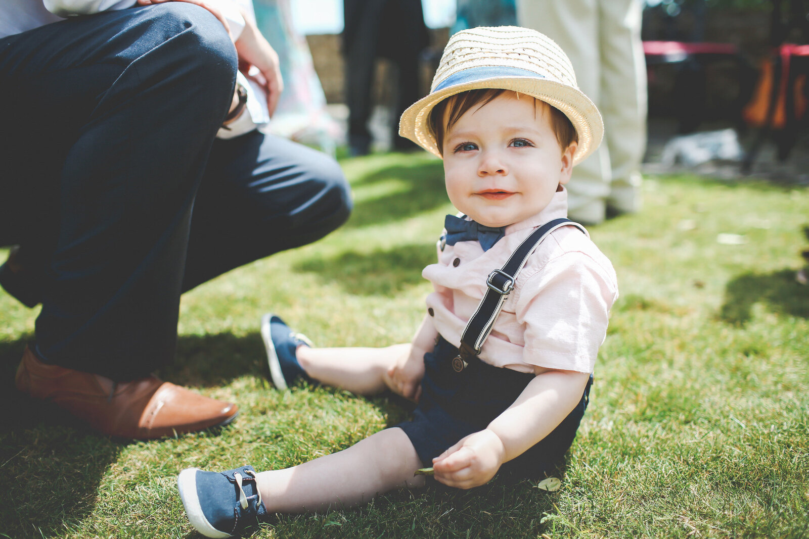 WP-SURREY-CUTE-KID-AT-WEDDING_0007