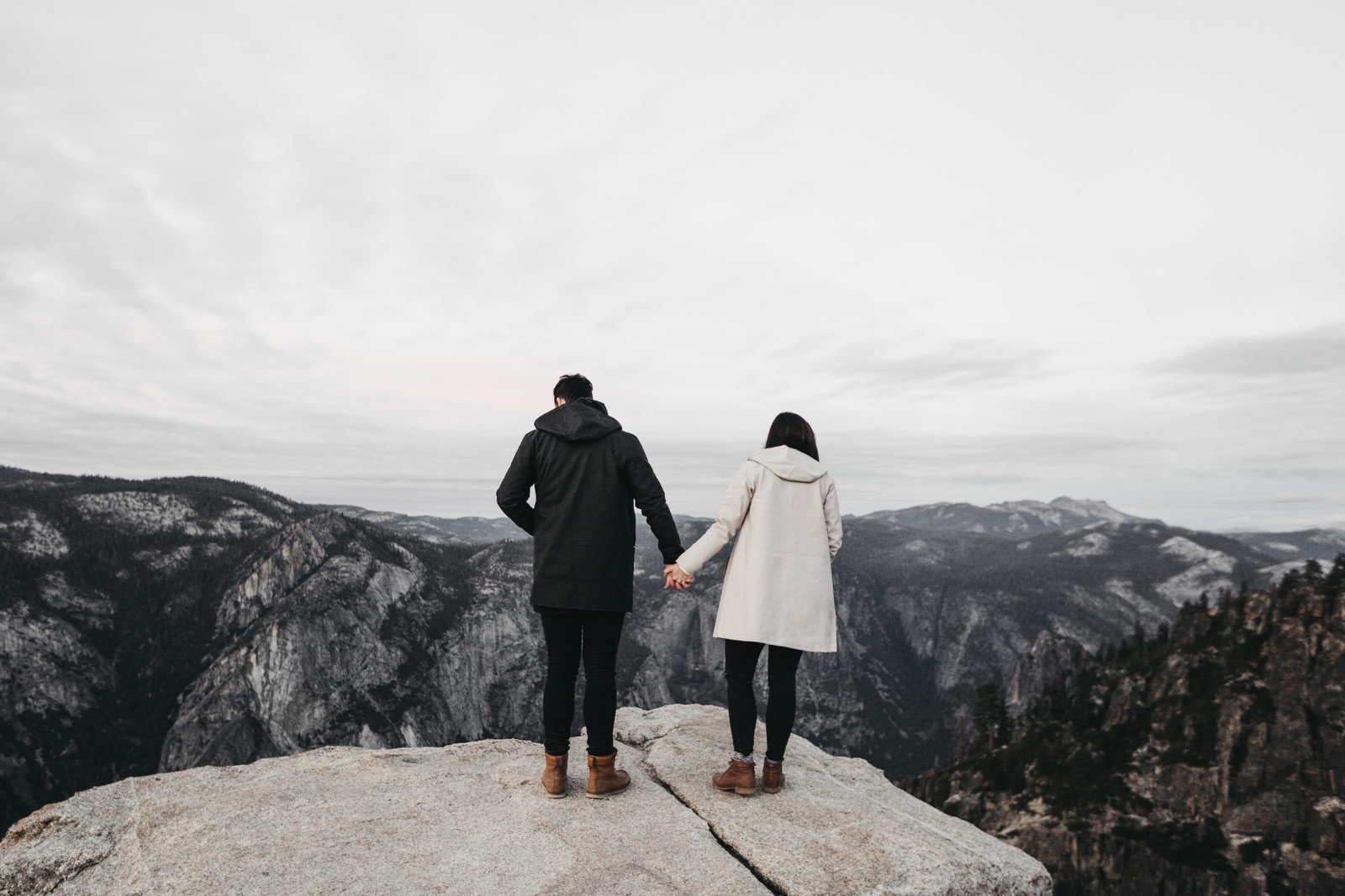 athena-and-camron-yosemite-national-park-christian-couple-travel-bloggers-couple-goals1-taft-point