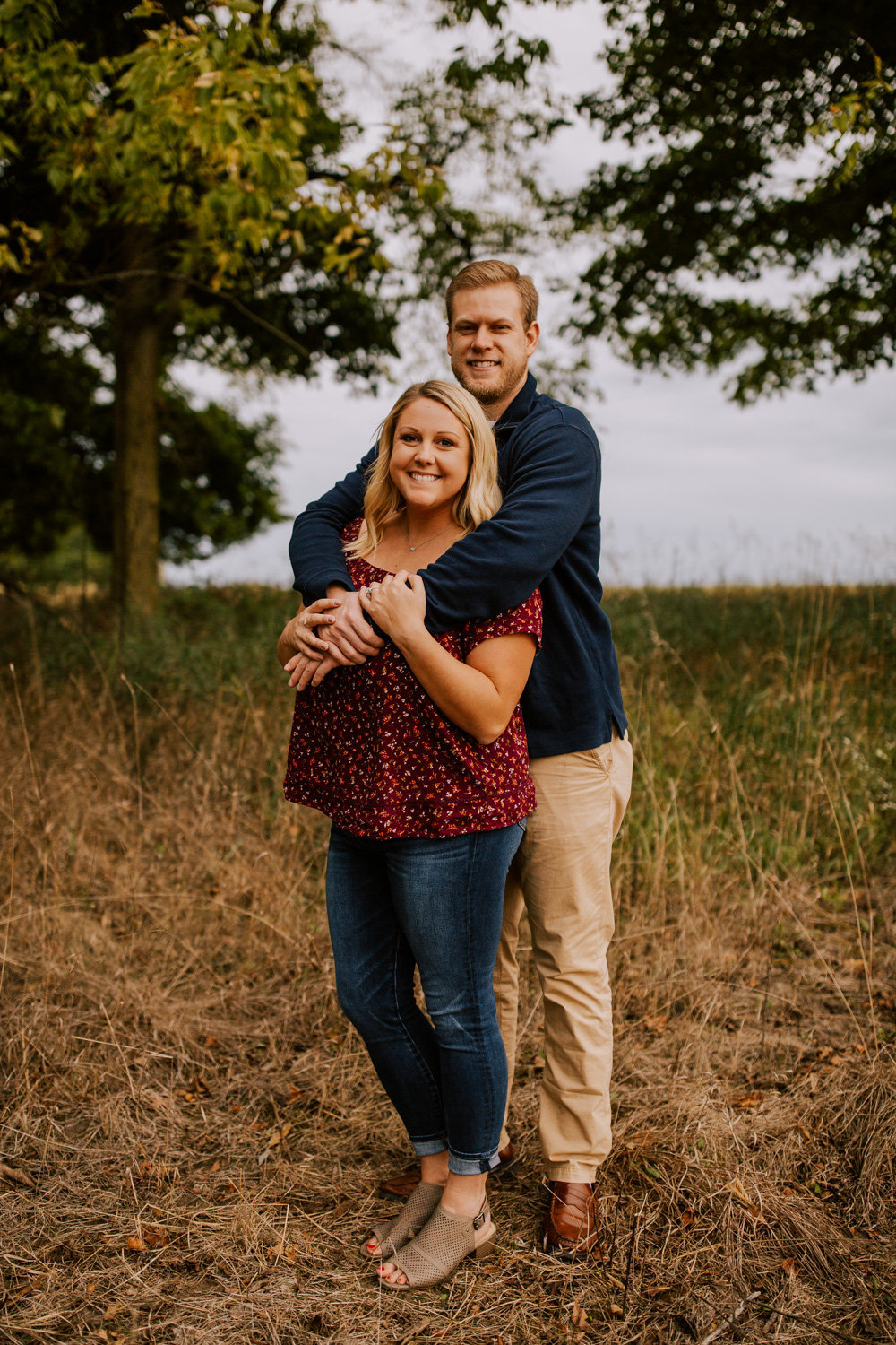 Cozy-Autumn-Engagement-Session-Prophetstown-19