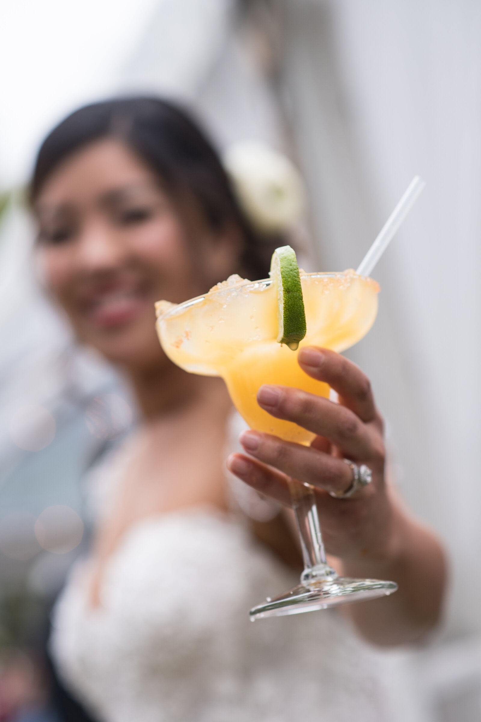Hawaii Bride says Cheers with her Fresh-Pressed Lilikoi Margarita!