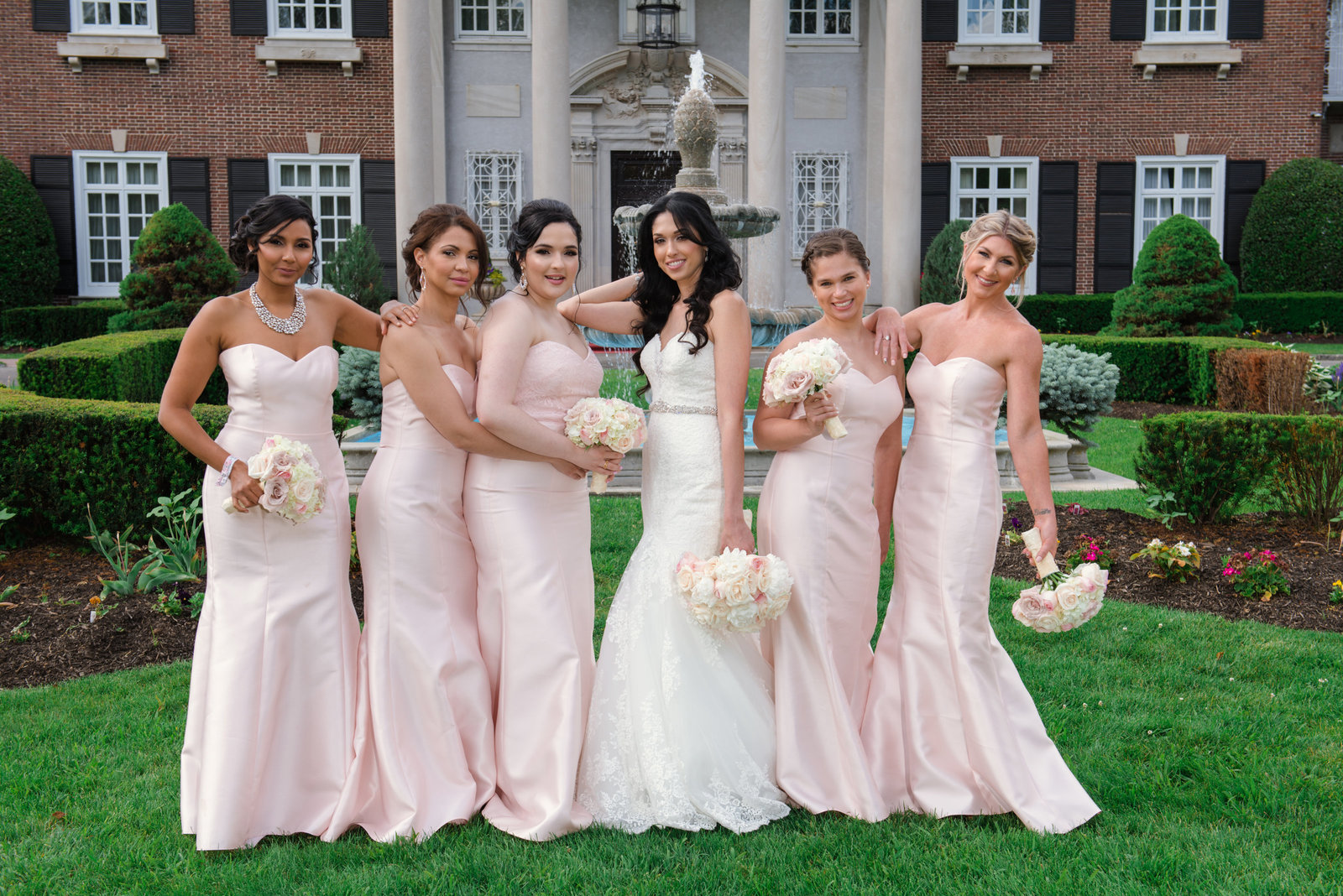 Bridesmaids at Glen Cove Mansion
