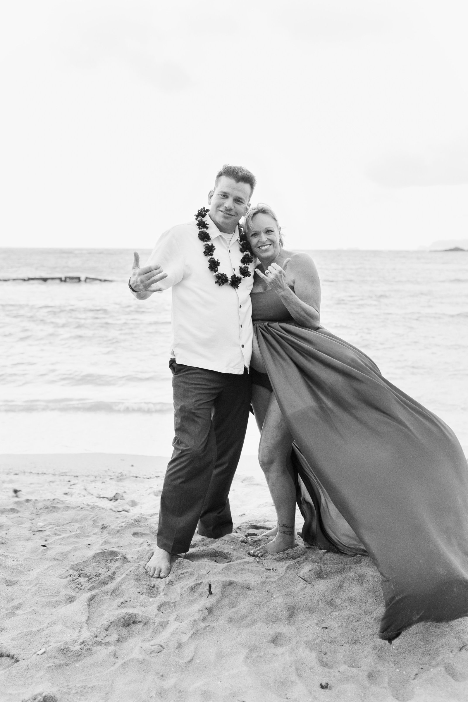 maternity Photoshoot Kualoa Beach Oahu Hawaii Brooke flanagan Photography-8