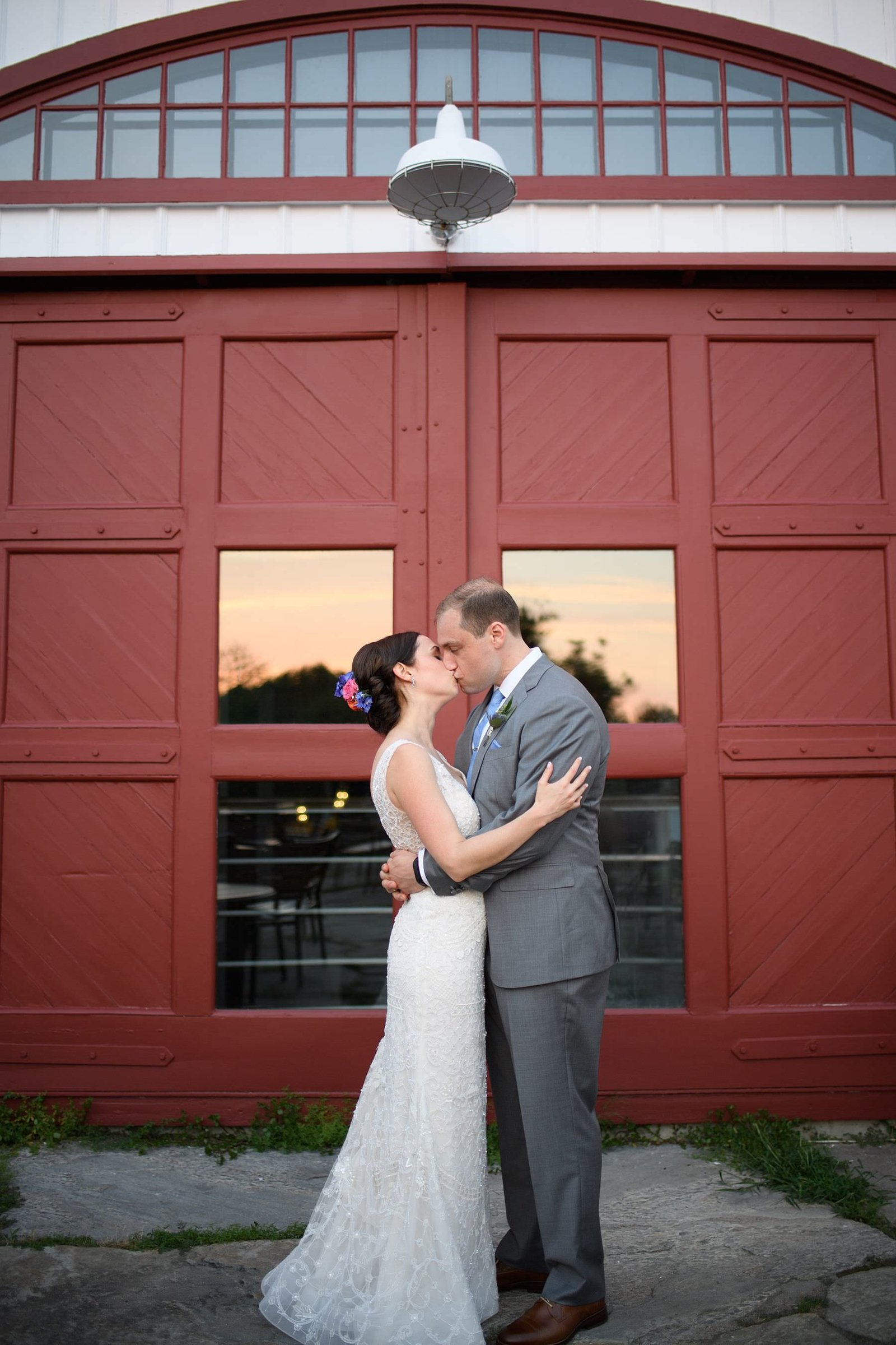 summer-jonathan-edwards-winery-wedding_0018