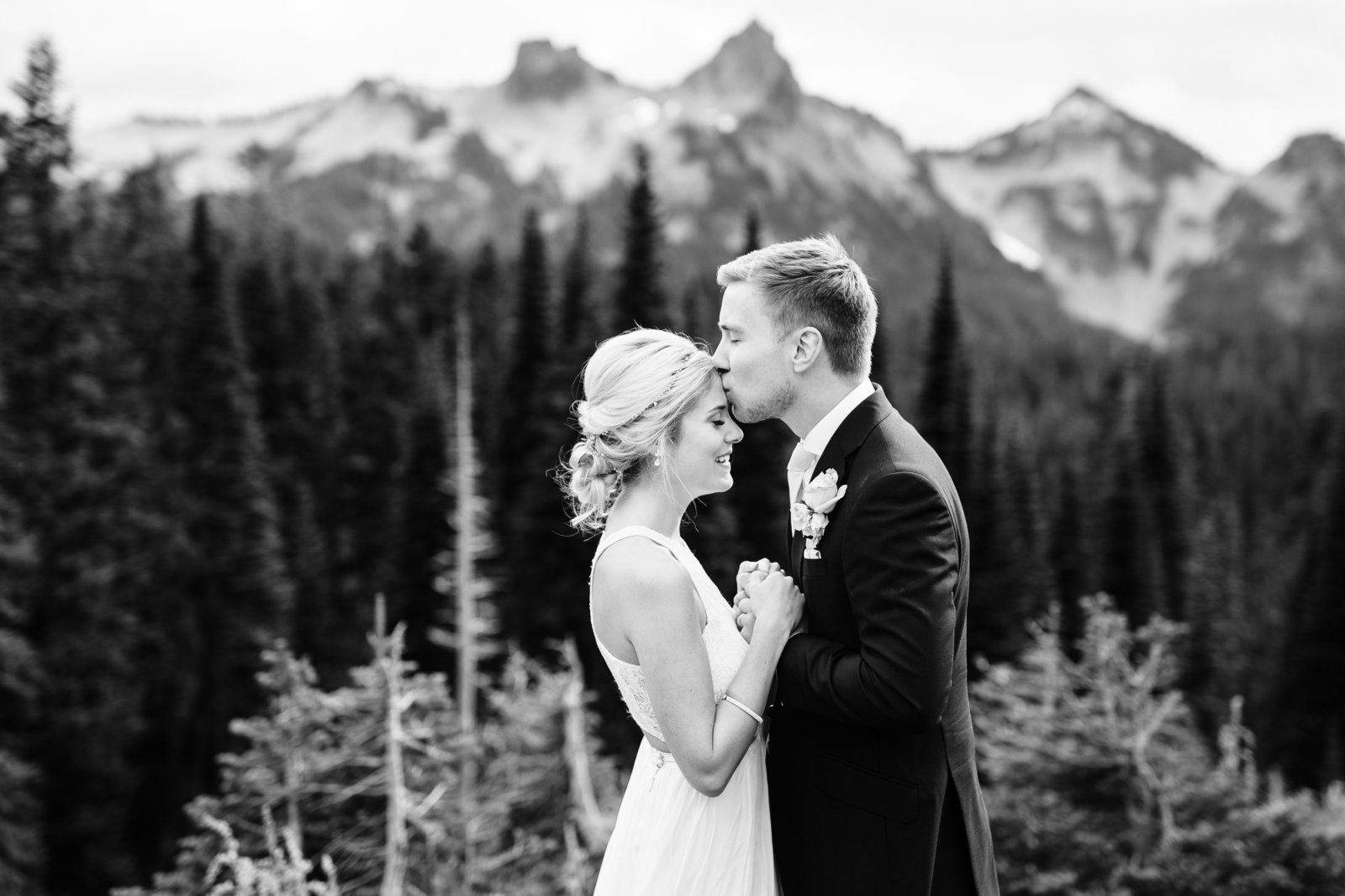 mount-rainier-national-park-elopement-cameron-zegers-photographer-seattle-140