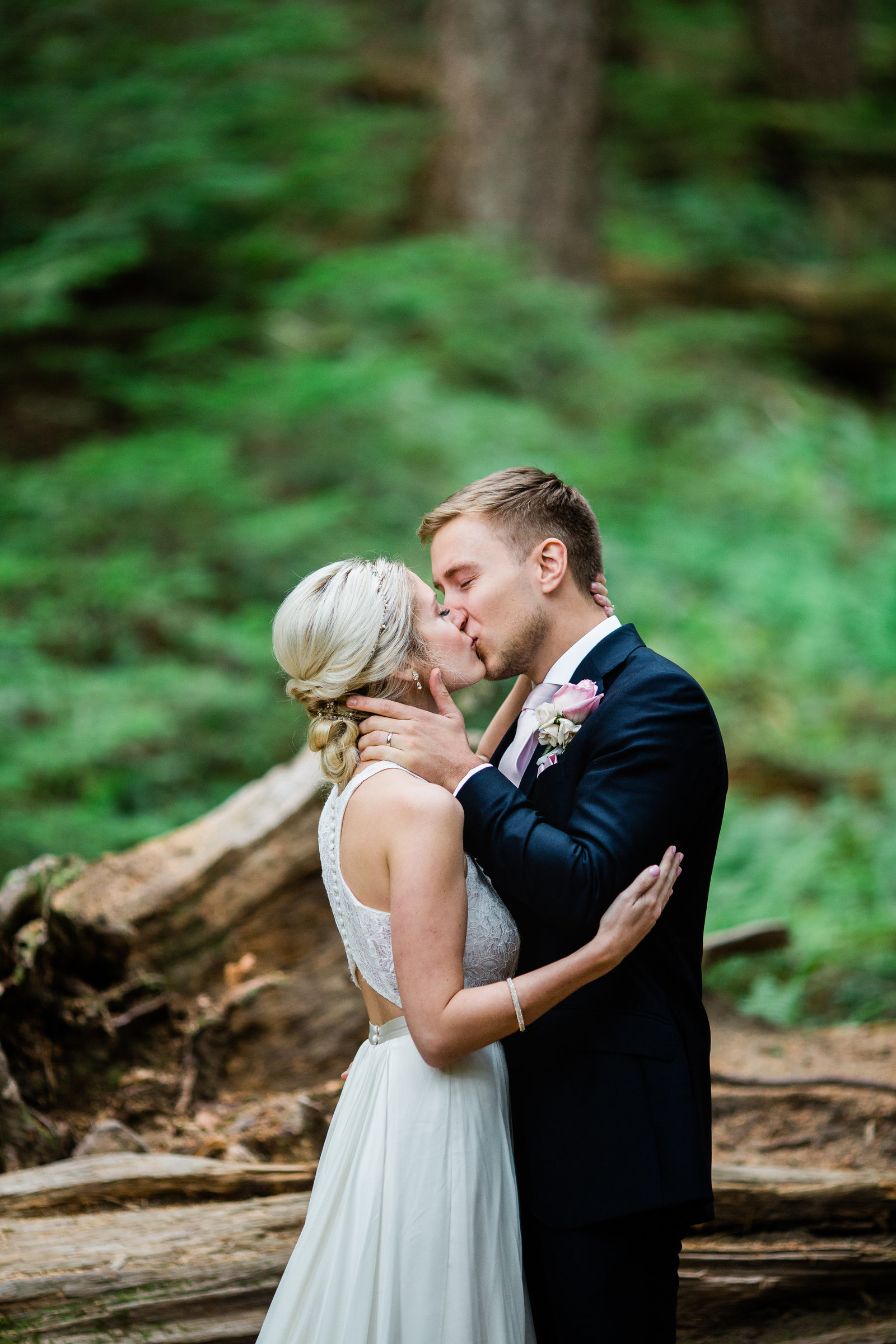 mount-rainier-national-park-elopement-cameron-zegers-photographer-seattle-94