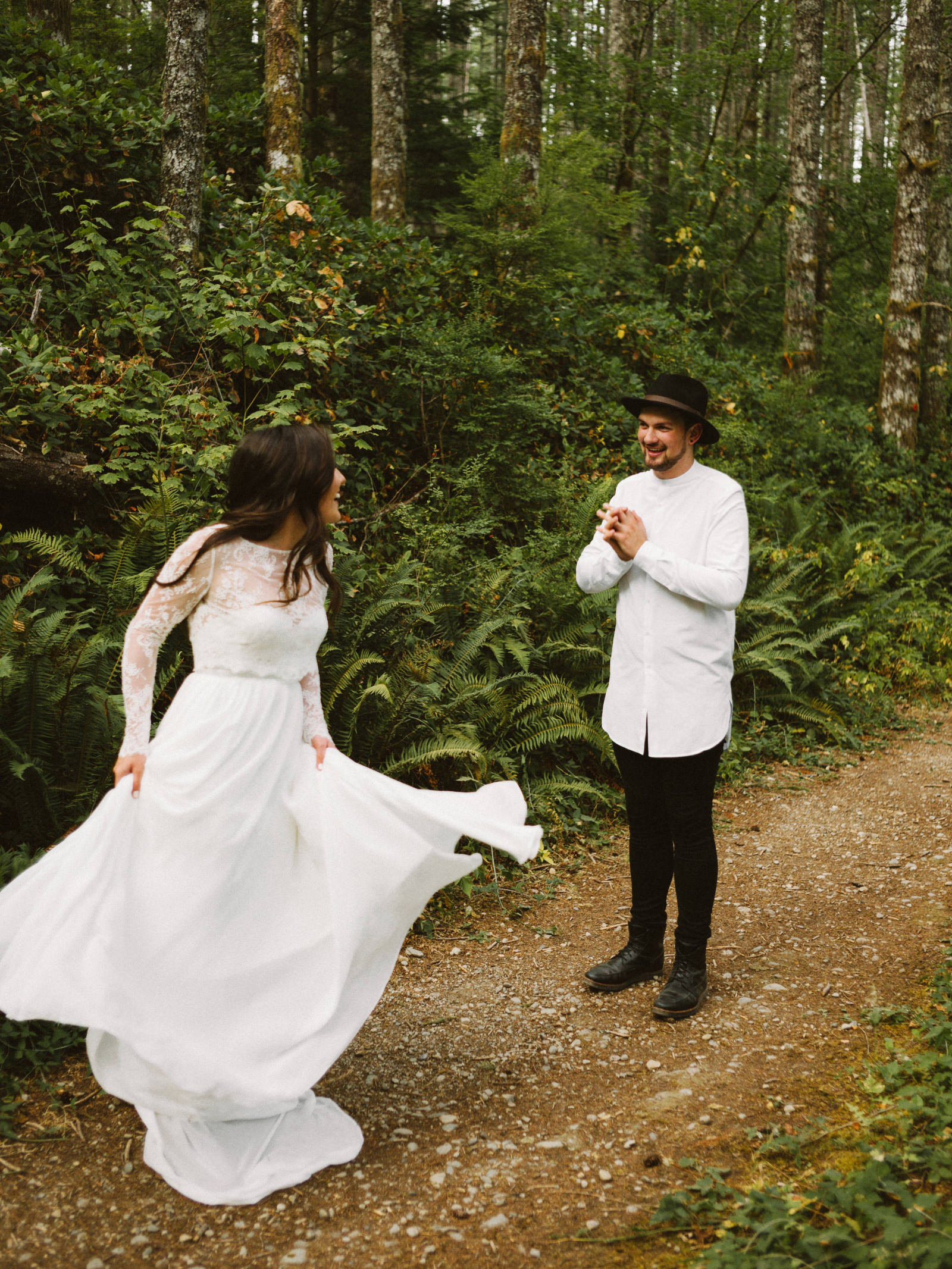 athena-and-camron-seattle-elopement-wedding-benj-haisch-rattlesnake-lake-christian-couple-goals9