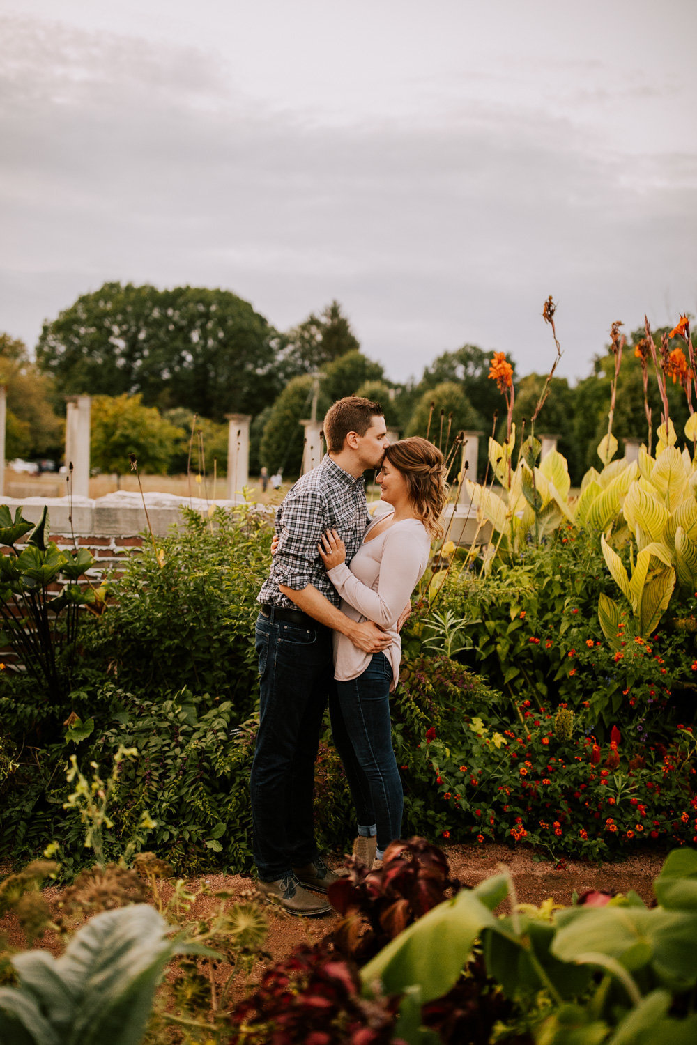 Vibrant-giggly-engagement-session-holliday-park-57