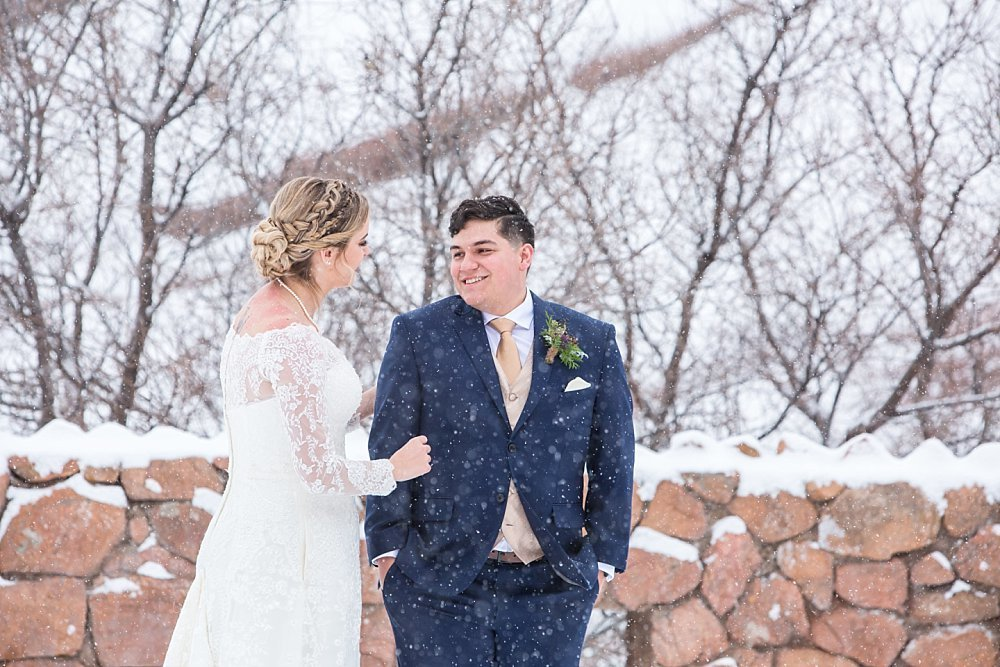 Colorado winter weddings in Morrison with Laura and Miguel
