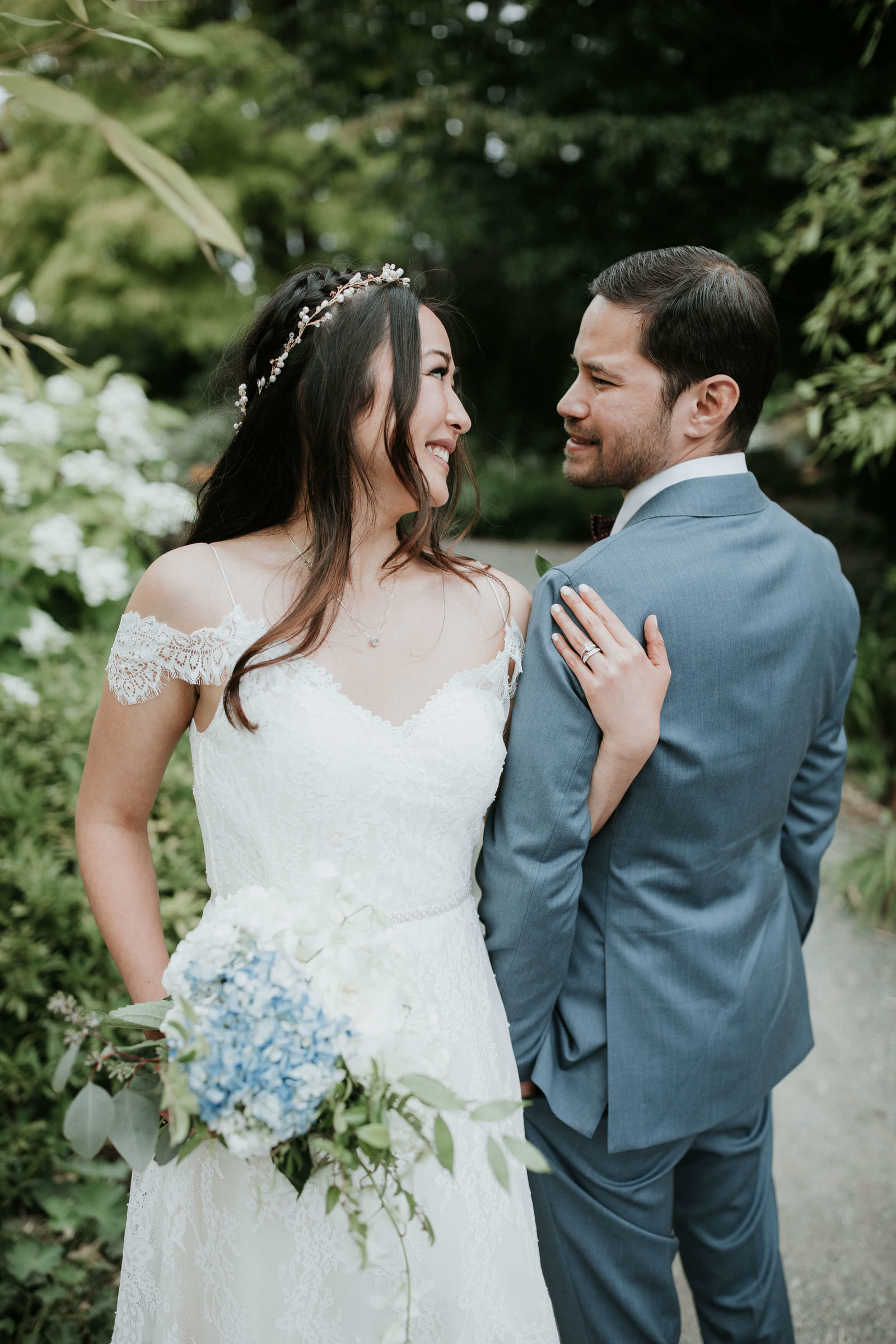 The-Hyatt-Lake-Washington-Cast-Iron-Studios-Wedding-Seattle-Keiko+Manny_843