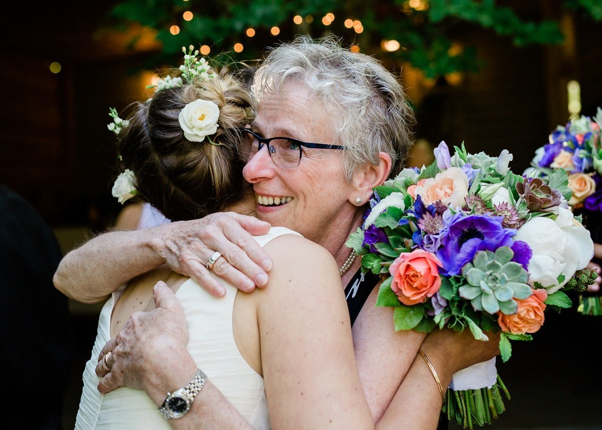 portland-oregon-fresh-candid-wedding-photography-38_1200