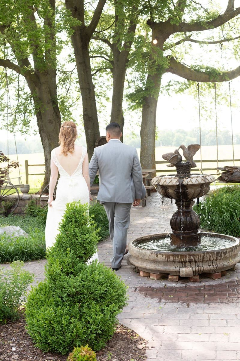 LeeWedding_SugarGroveCarriageHouse-170