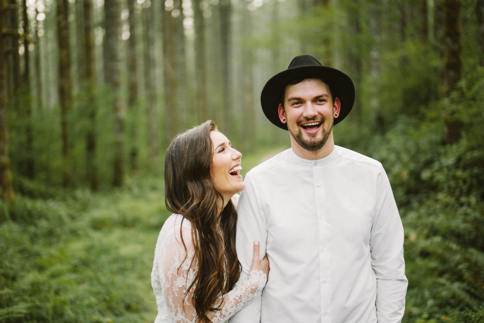 athena-and-camron-seattle-elopement-wedding-benj-haisch-rattlesnake-lake-christian-couple-goals15