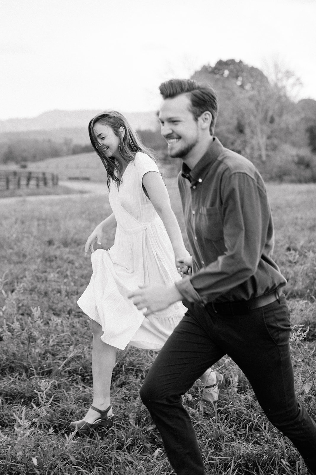 michela-brooke-photo-maryclaire-caleb-farm-engagement-61_websize