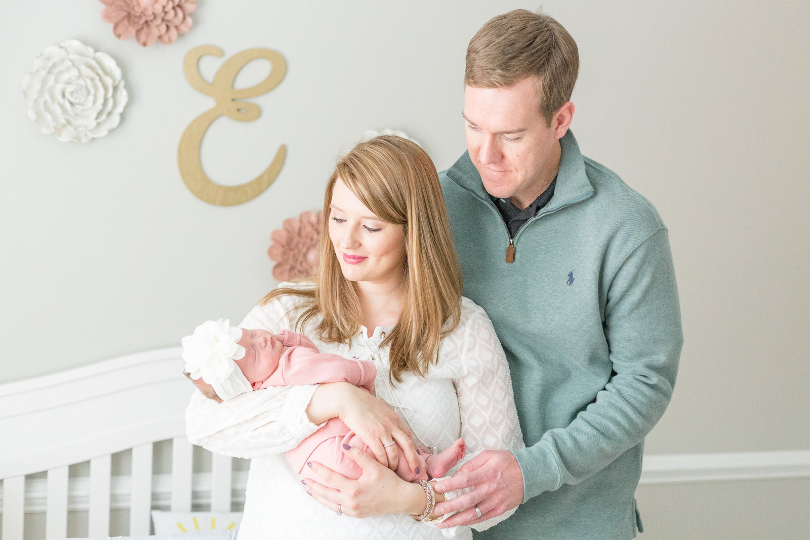 martin-family-lifestyle-in-home-newborn-baby-photo-session-010