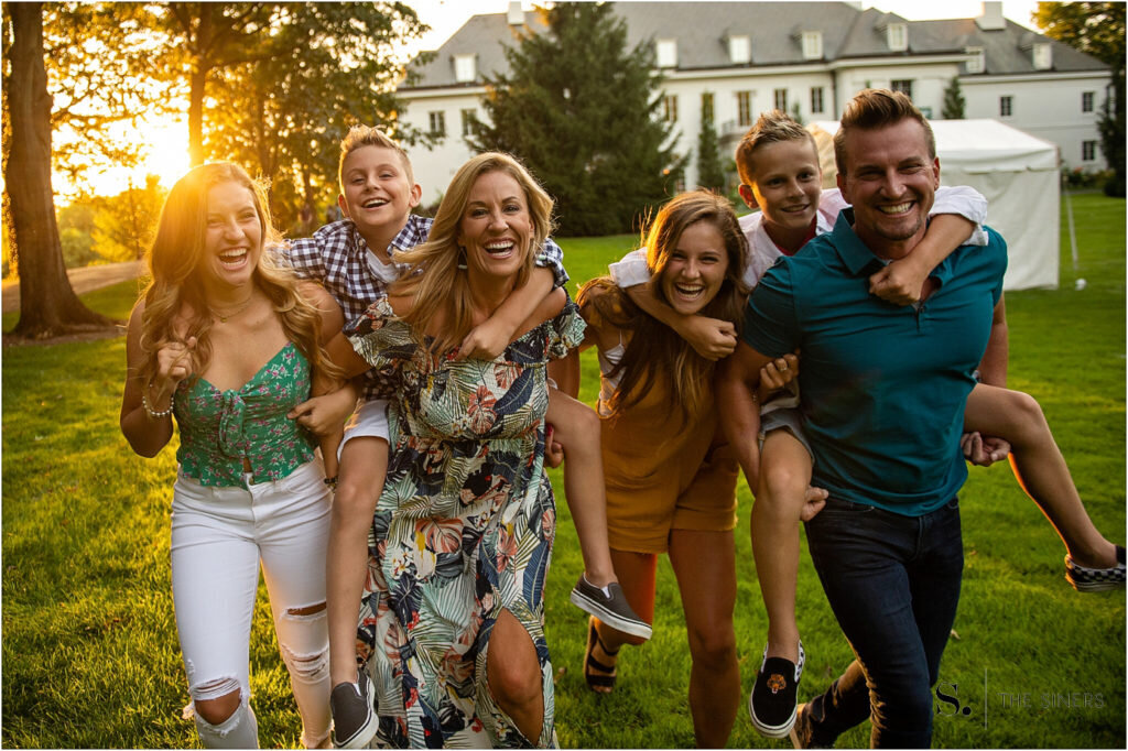 The-Siners-Photography-Indianapolis-Newfields-Family-Event-Portrait-Photography-Destination-Photographer_0047-1024x682