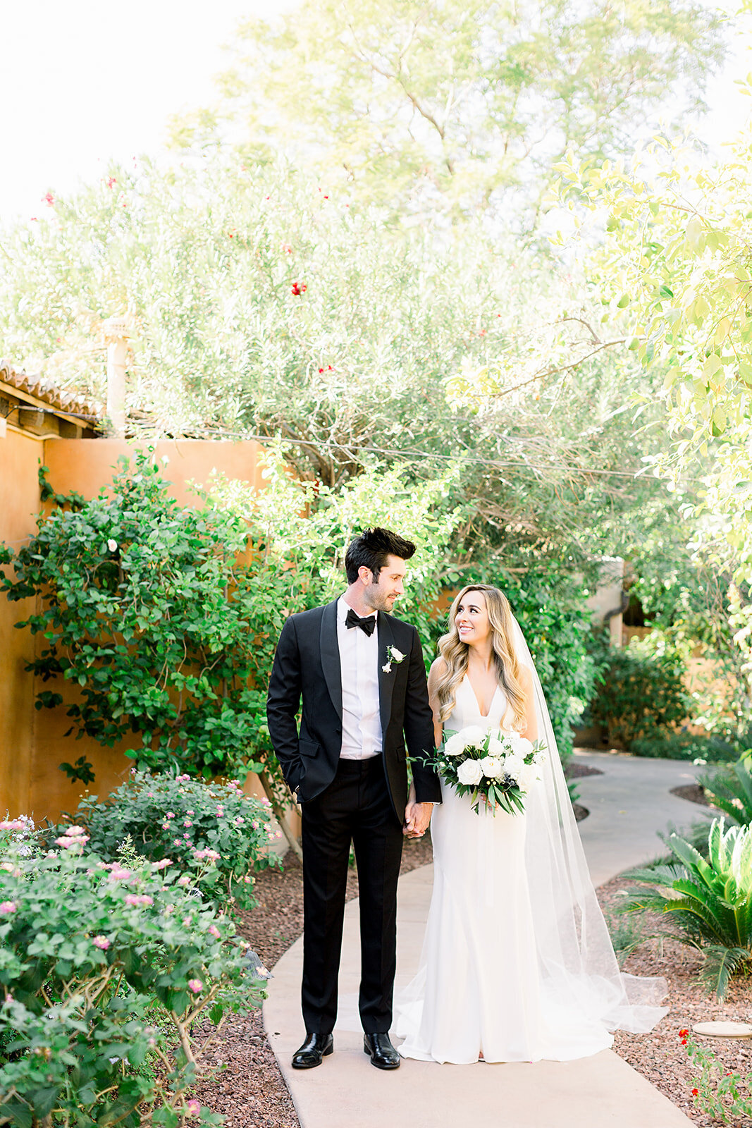 scottsdale-florists-groom-bride-desert-wedding