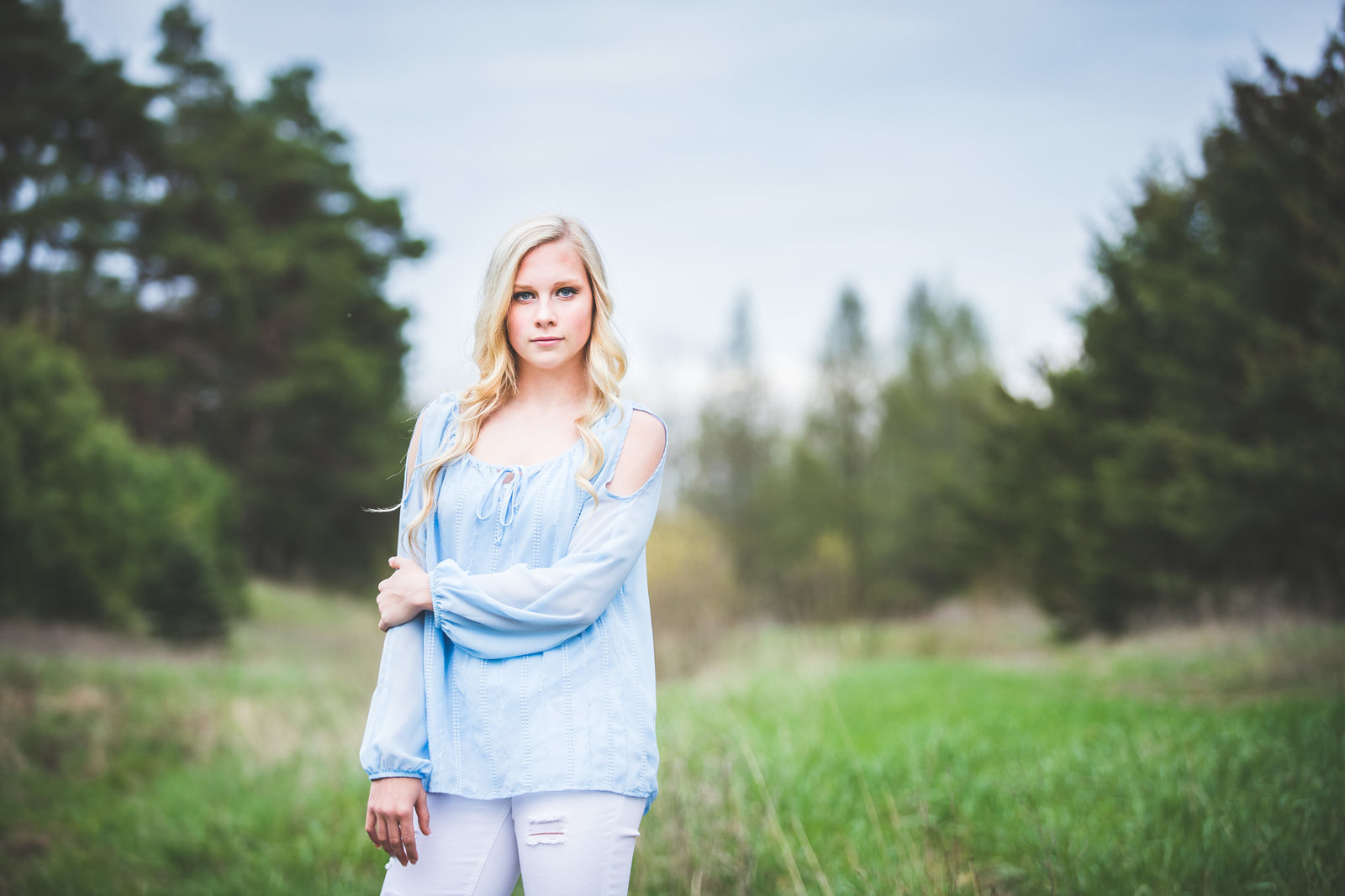 Ionia high school senior portraits outdoors at a private Ionia location