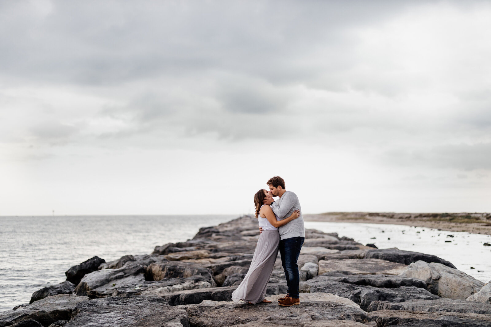 engaged couple lbi lighthouse