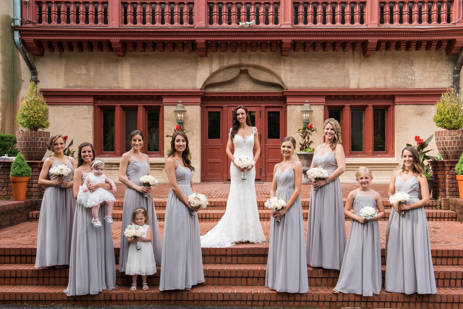 Bridesmiads photo at the steps of Coindre Hall
