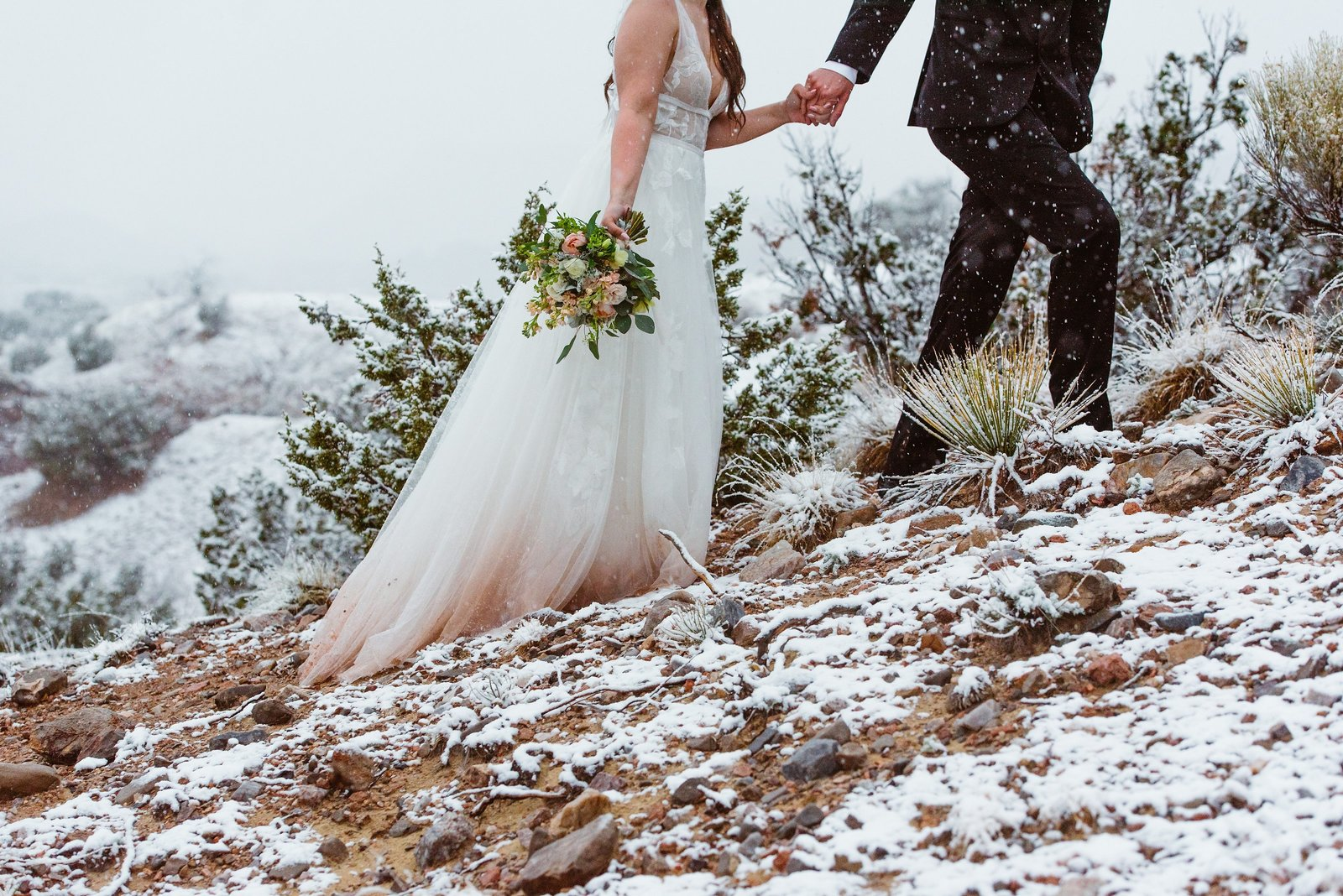 Hiking-Adventure-Elopement-Winter-Snow