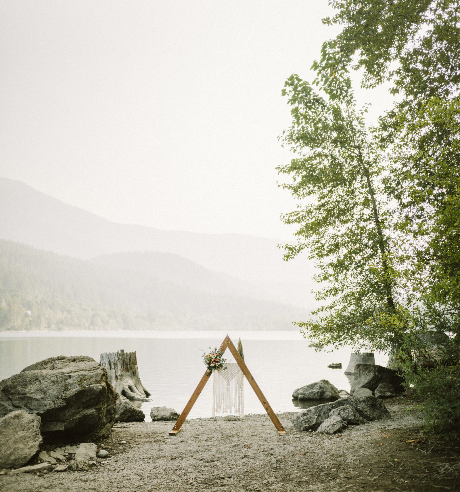 athena-and-camron-seattle-elopement-wedding-benj-haisch-rattlesnake-lake-christian-couple-goals37