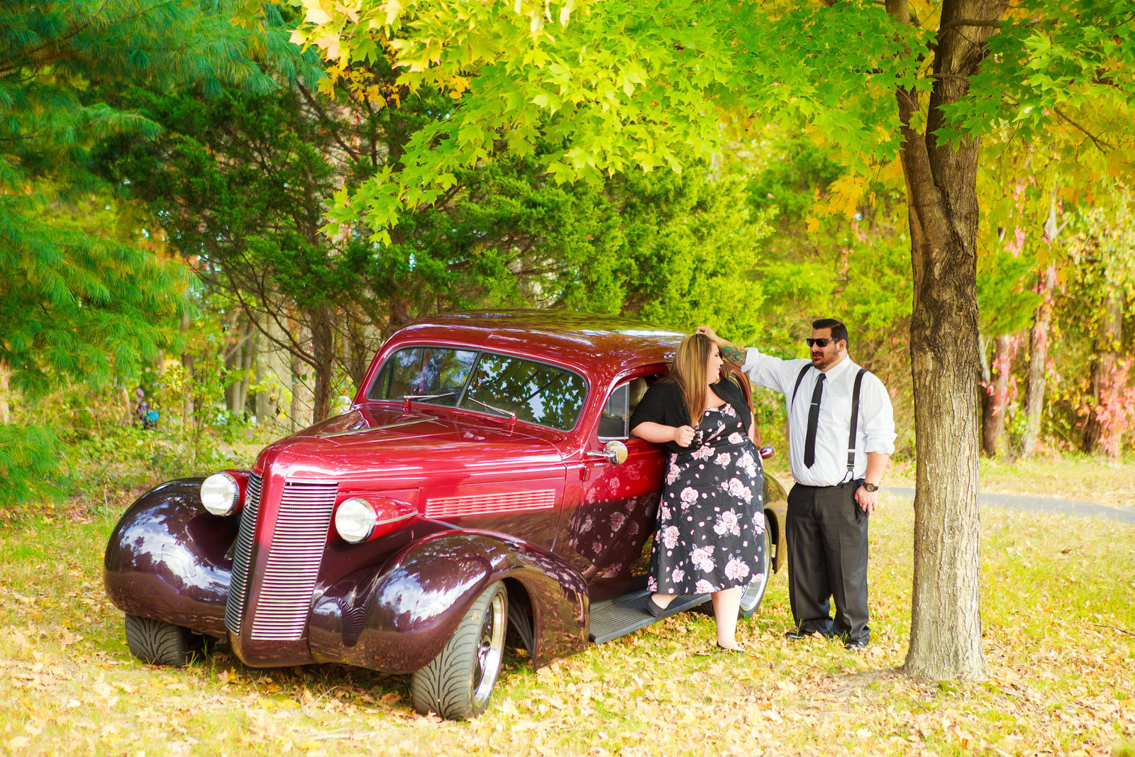 Retro_Pinup_Car_engagement_session_Nj070