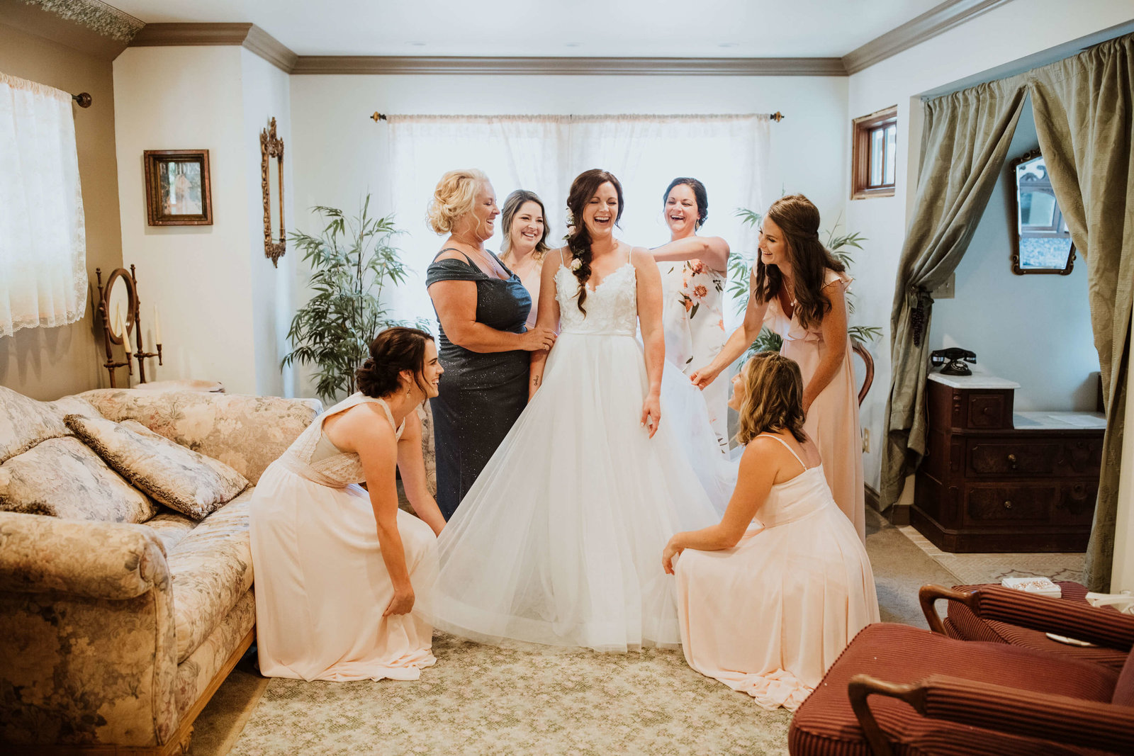 bridesmaid-photos-by-adina-preston-photography16