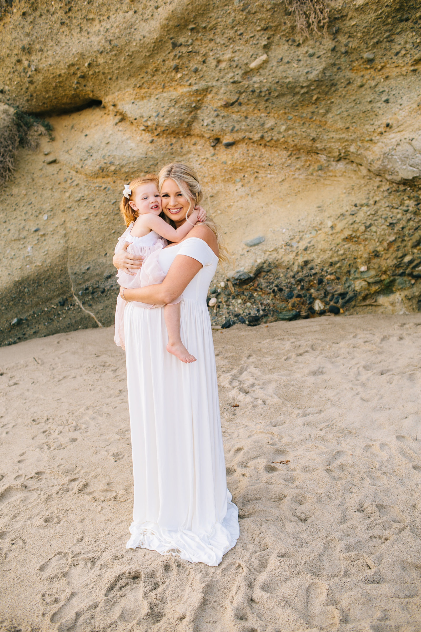 Laguna-Beach-Maternity-Photos_18