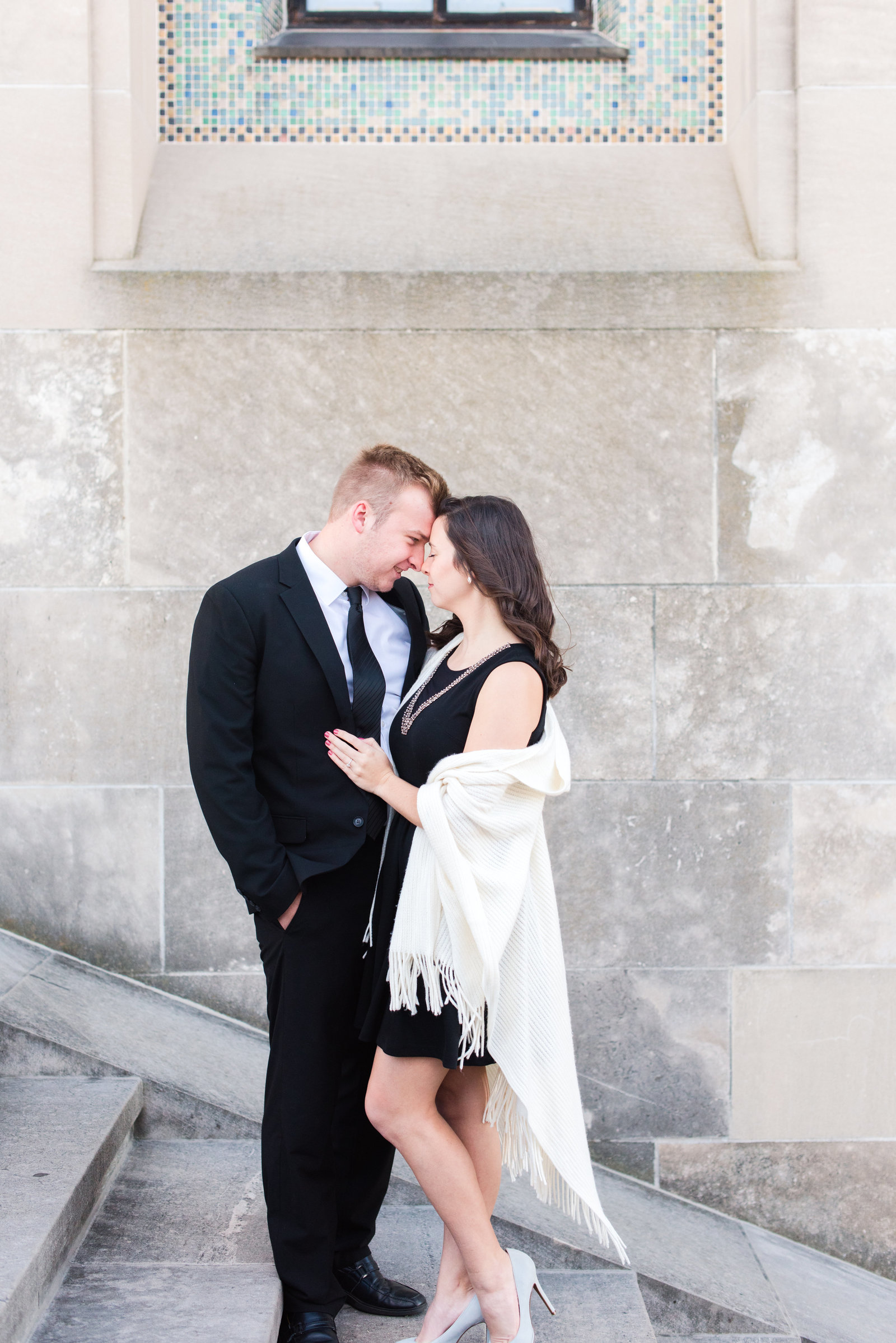 Fall_Engagement_at_WW1_Museum_and_Loose_Park_Mary_and_Matthew-8