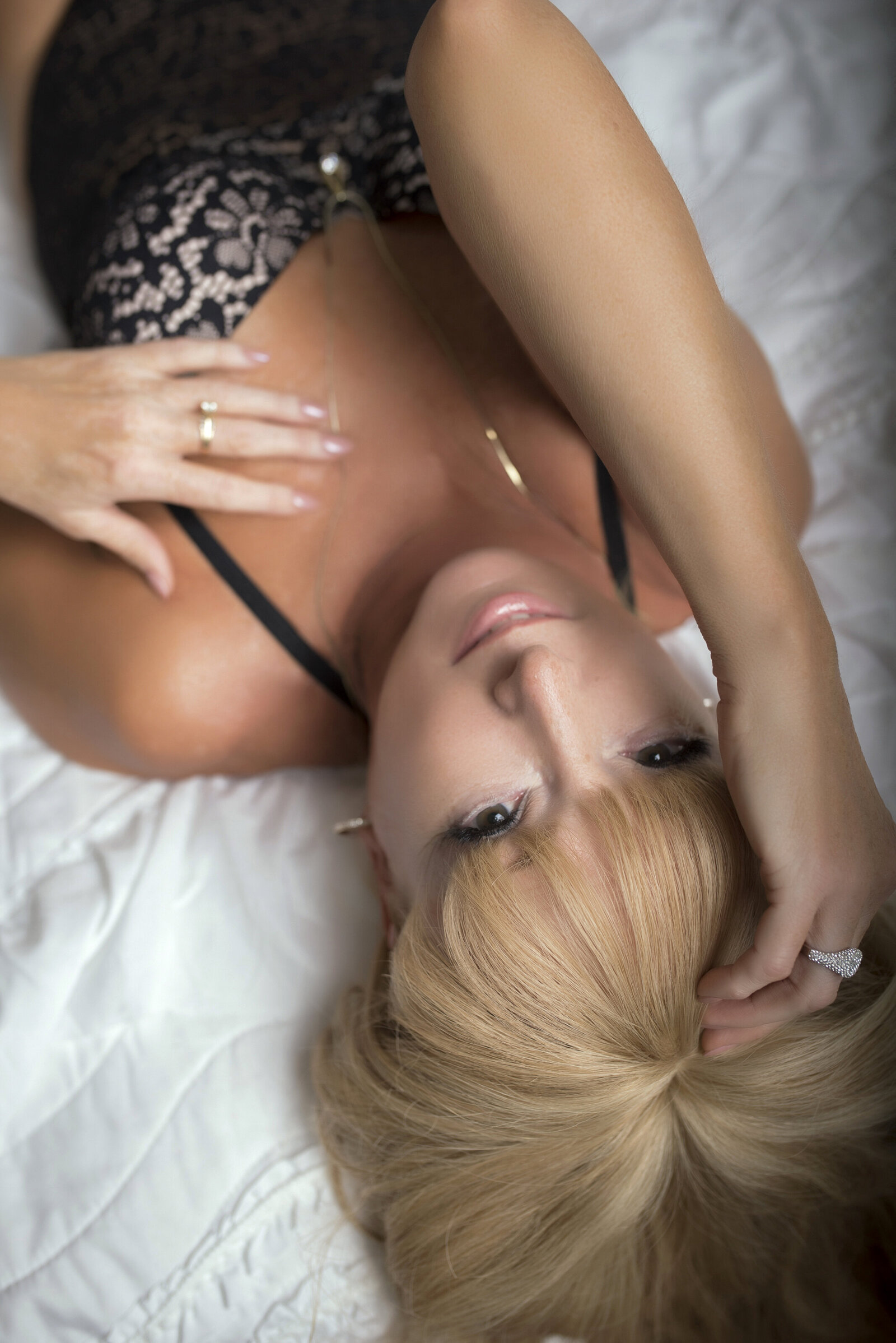 older woman boudoir photos035