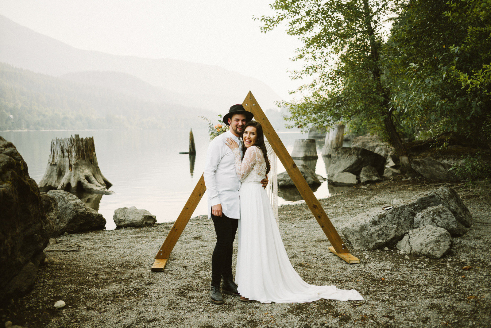 athena-and-camron-seattle-elopement-wedding-benj-haisch-rattlesnake-lake-christian-couple-goals61