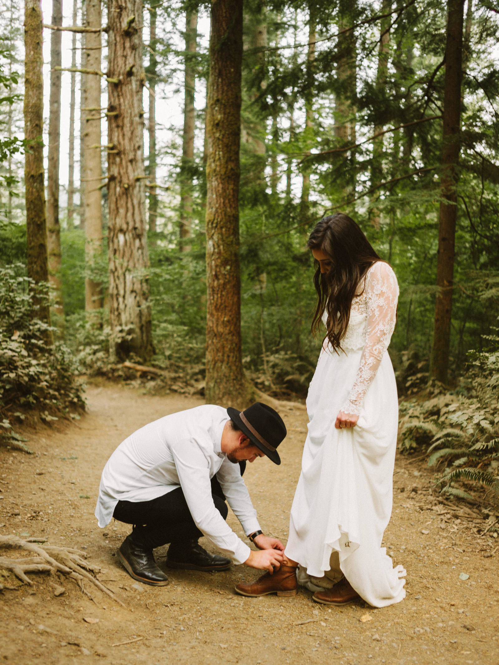 athena-and-camron-seattle-elopement-wedding-benj-haisch-rattlesnake-lake-christian-couple-goals29