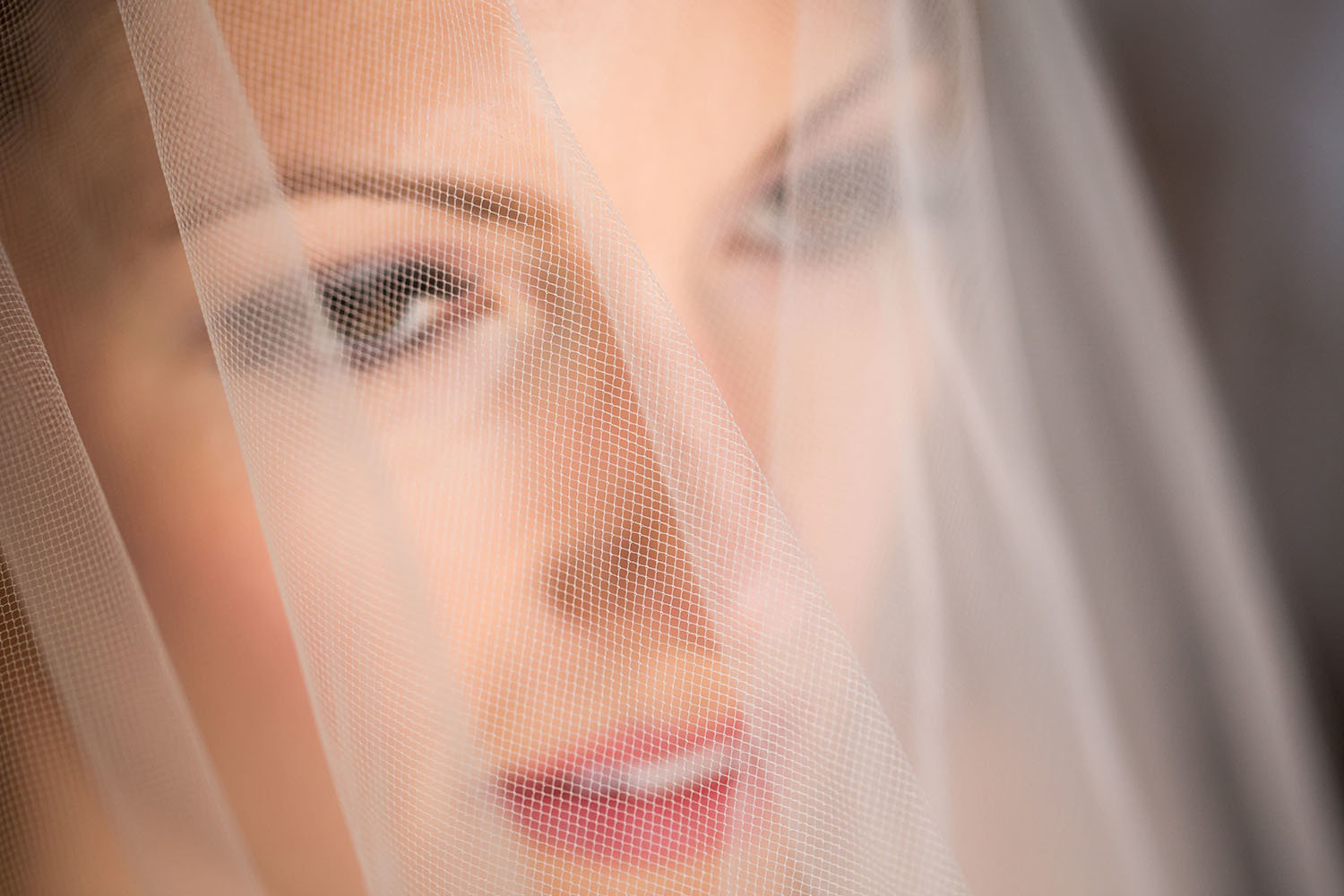 Using the veil to create a captivating bridal portrait