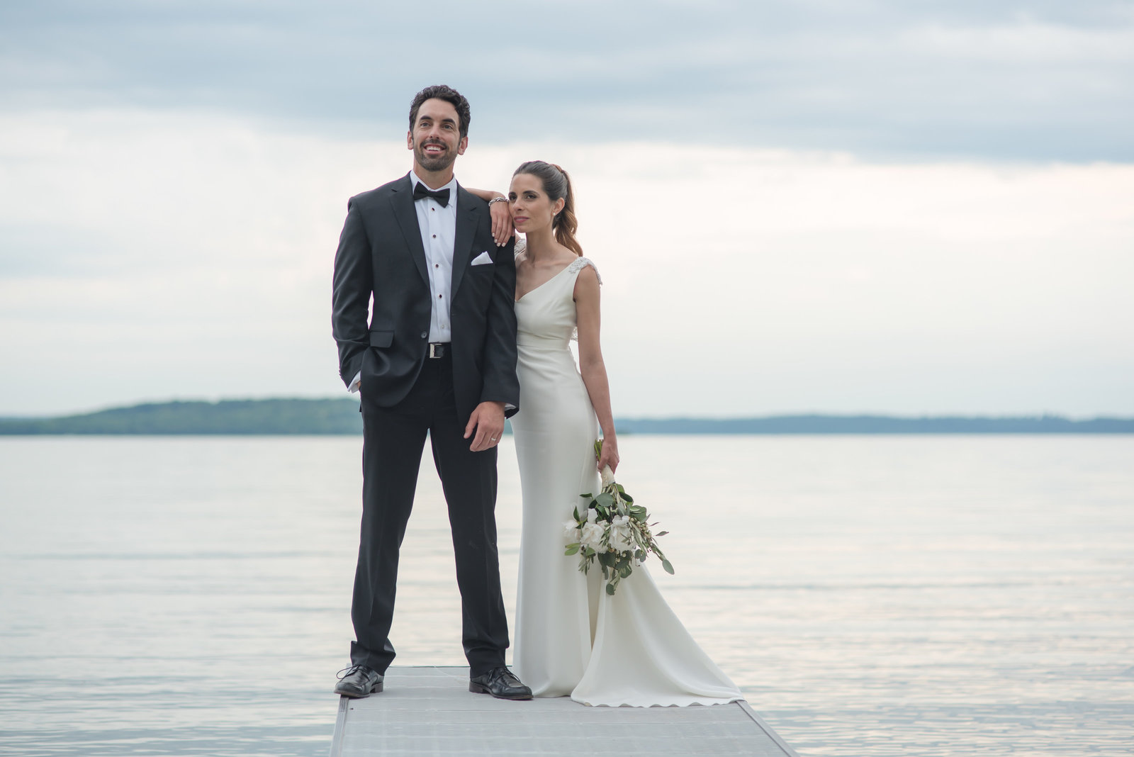 candid, beautiful weddings in Michigan