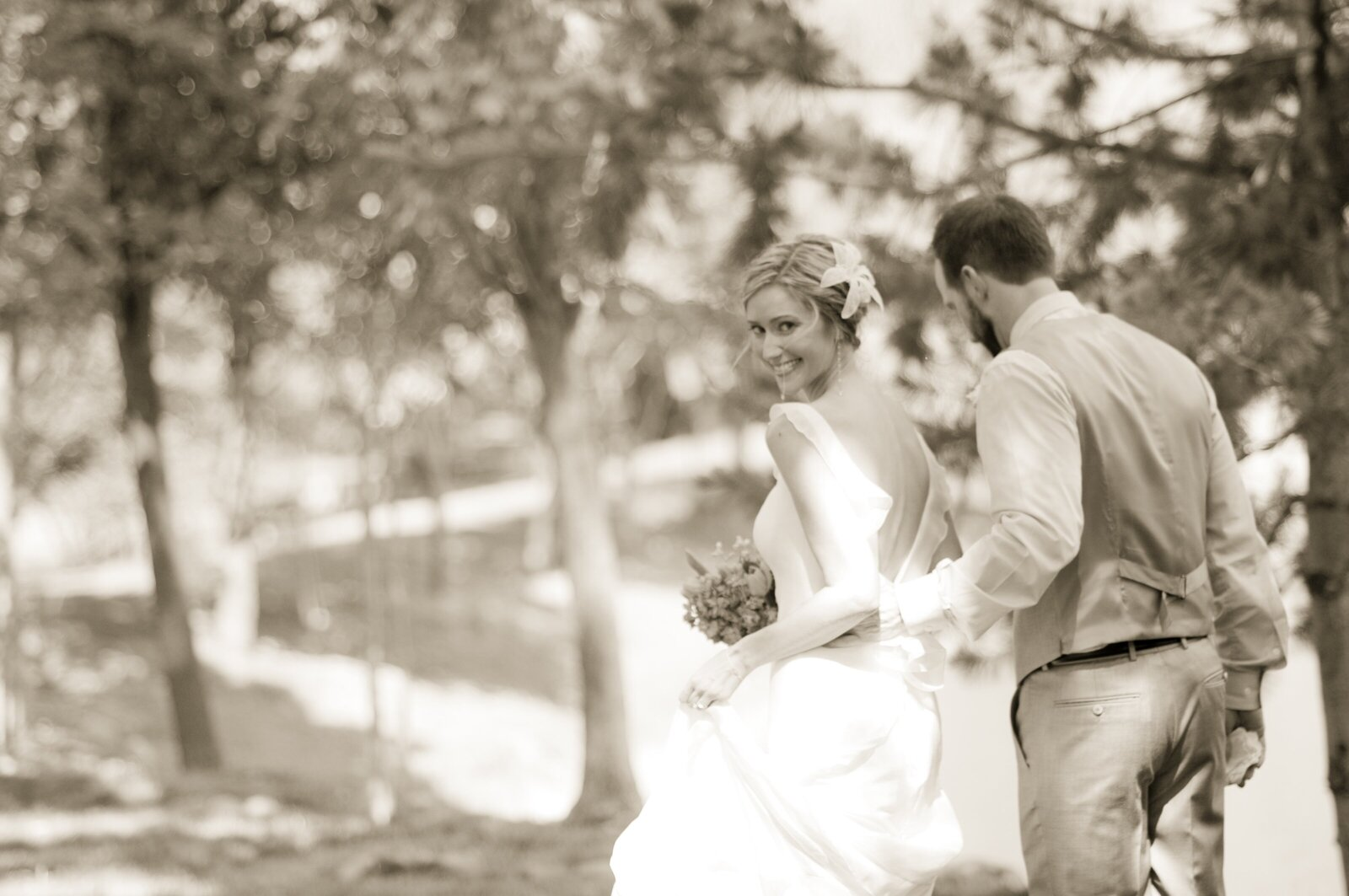Jen+ Review+_+christinaleighevents.com+_+McGraw+Barn+Weddings+_+Christina+Leigh+Events+Wedding+Planning+and+Design+_+Candi+Coffman+Photography+_+Tulsa+Oklahoma+Wedding+Coordination+and+Planning++1