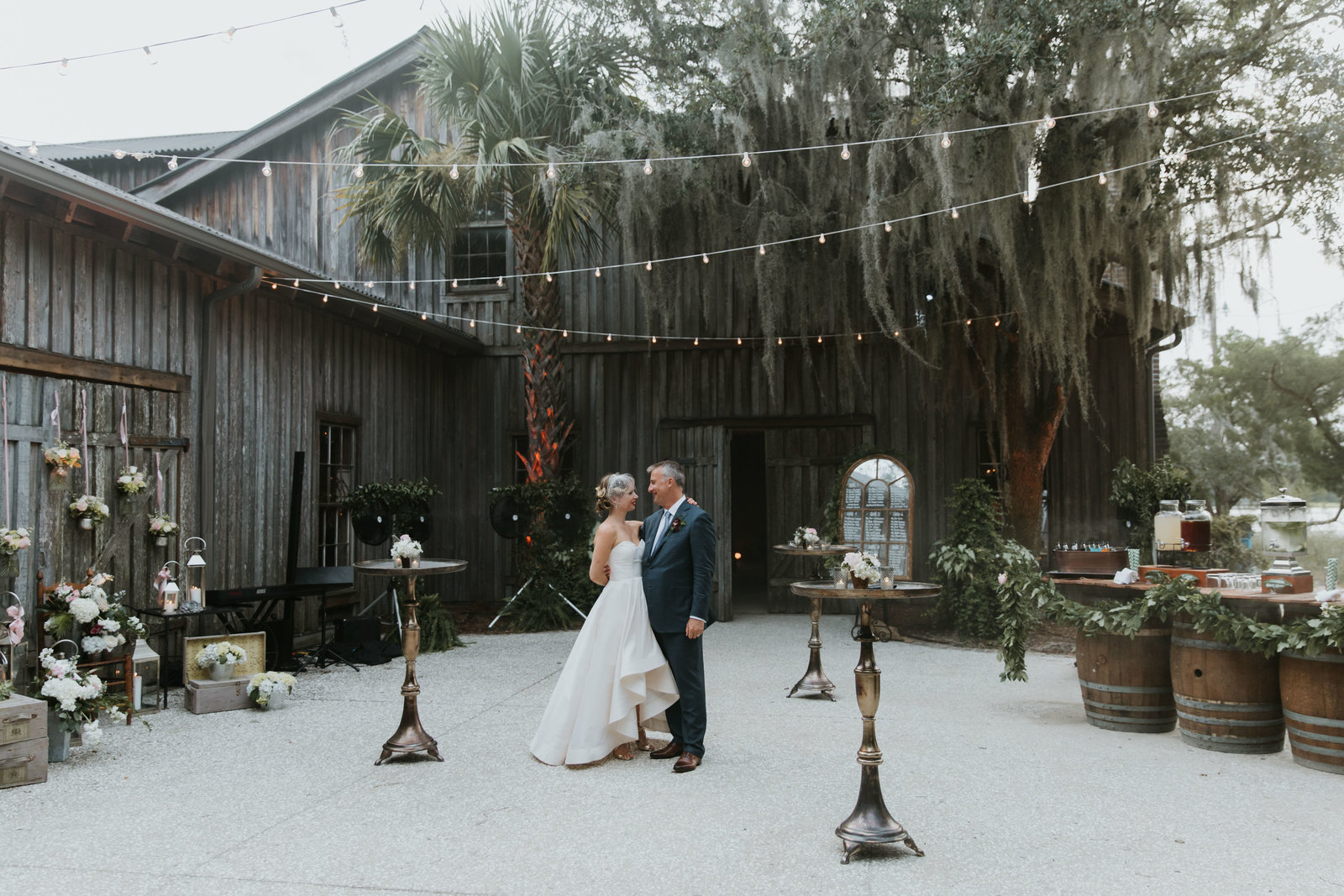 Boone-Hall-Plantation-Charleston-SC-wedding-portrait-photography-33