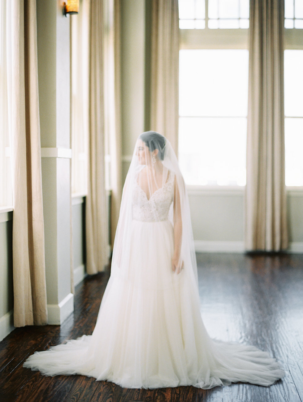 room_on_main_dallas_wedding_photographer_md-21